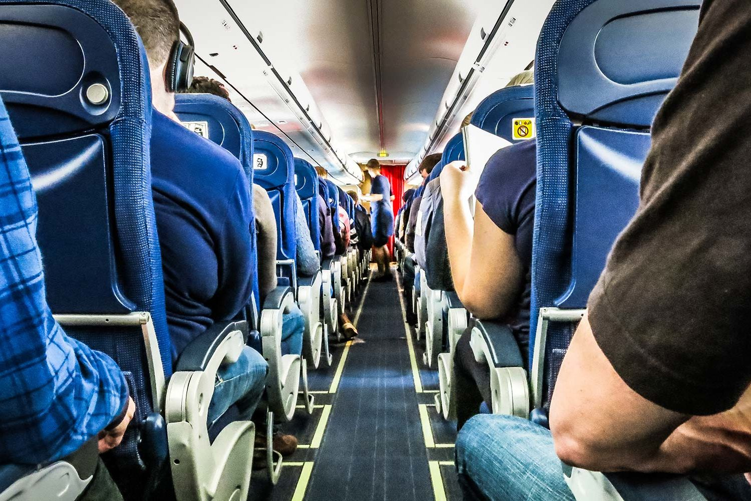 Flying With Your Family or Girlfriends? Here's How to Make Sure You Sit Together