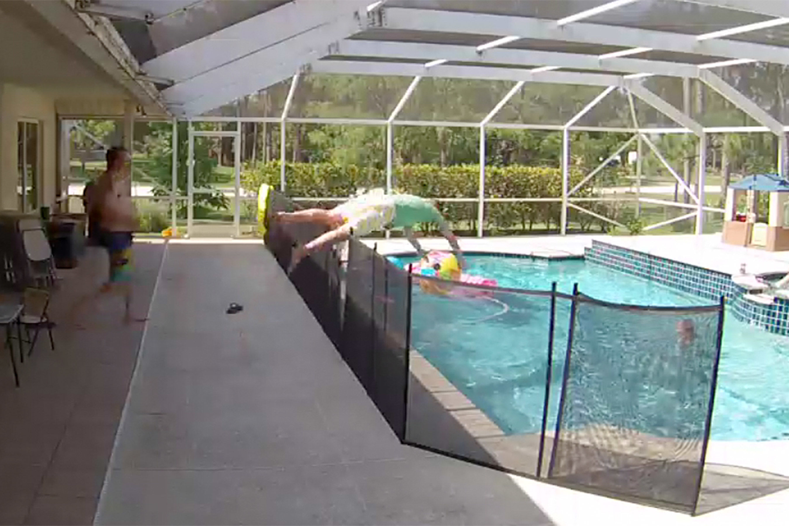 Florida Dad Jumps Over 4-Foot Fence to Save 1-Year-Old Son from Drowning in Backyard Pool