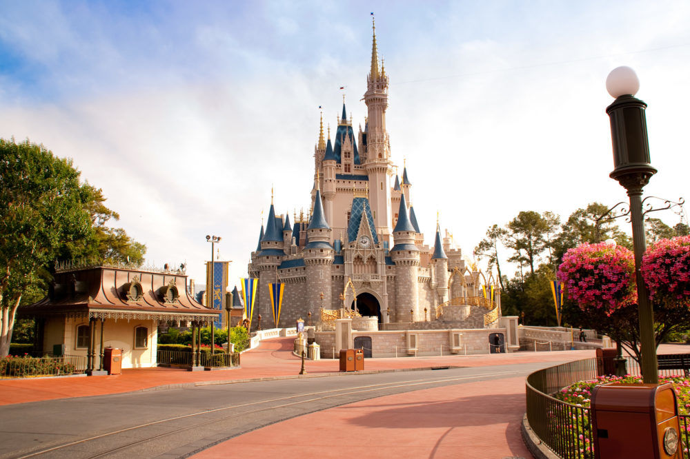 Disney World is Currently Demolishing An Attraction, And It Is So Hypnotizing And Sad To Watch