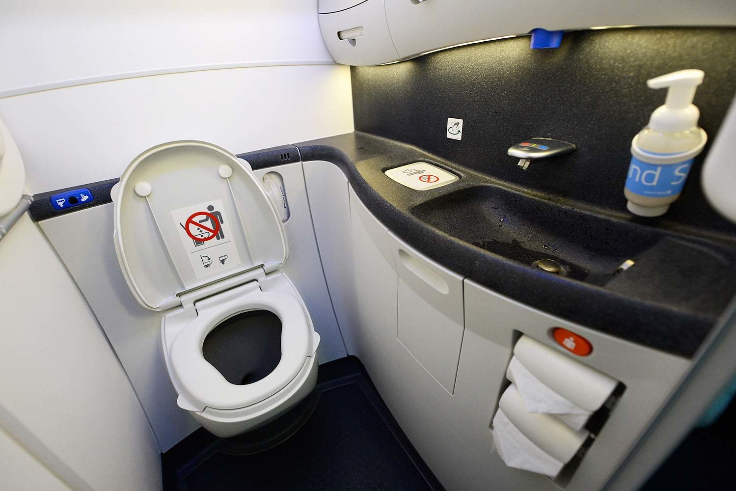 Flight Attendant Reveals the Best Times to Visit the Airplane Restroom