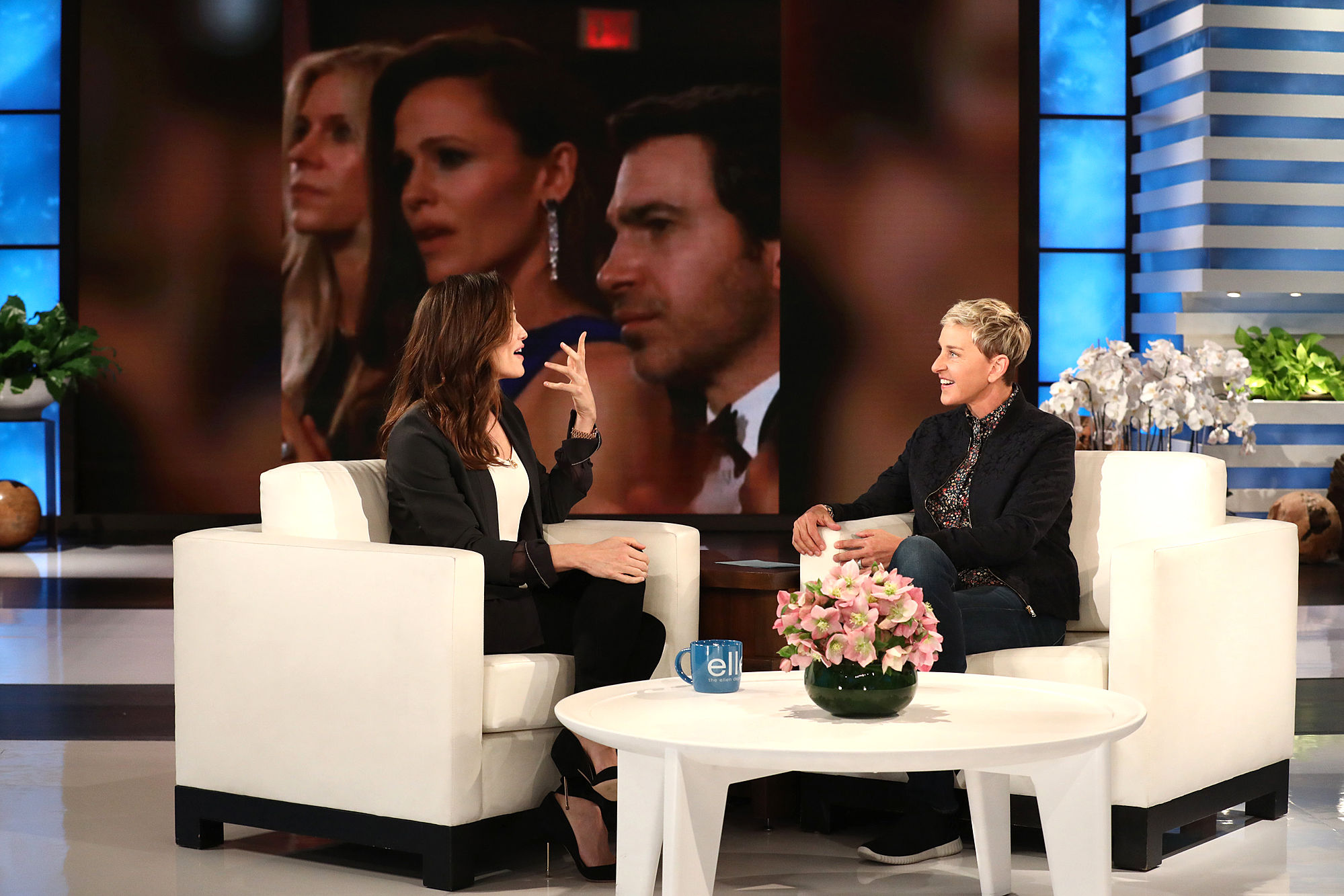 Jennifer Garner Says She Was Embarrassed by Her Viral Oscars Moment: 'What's Wrong with Me?'