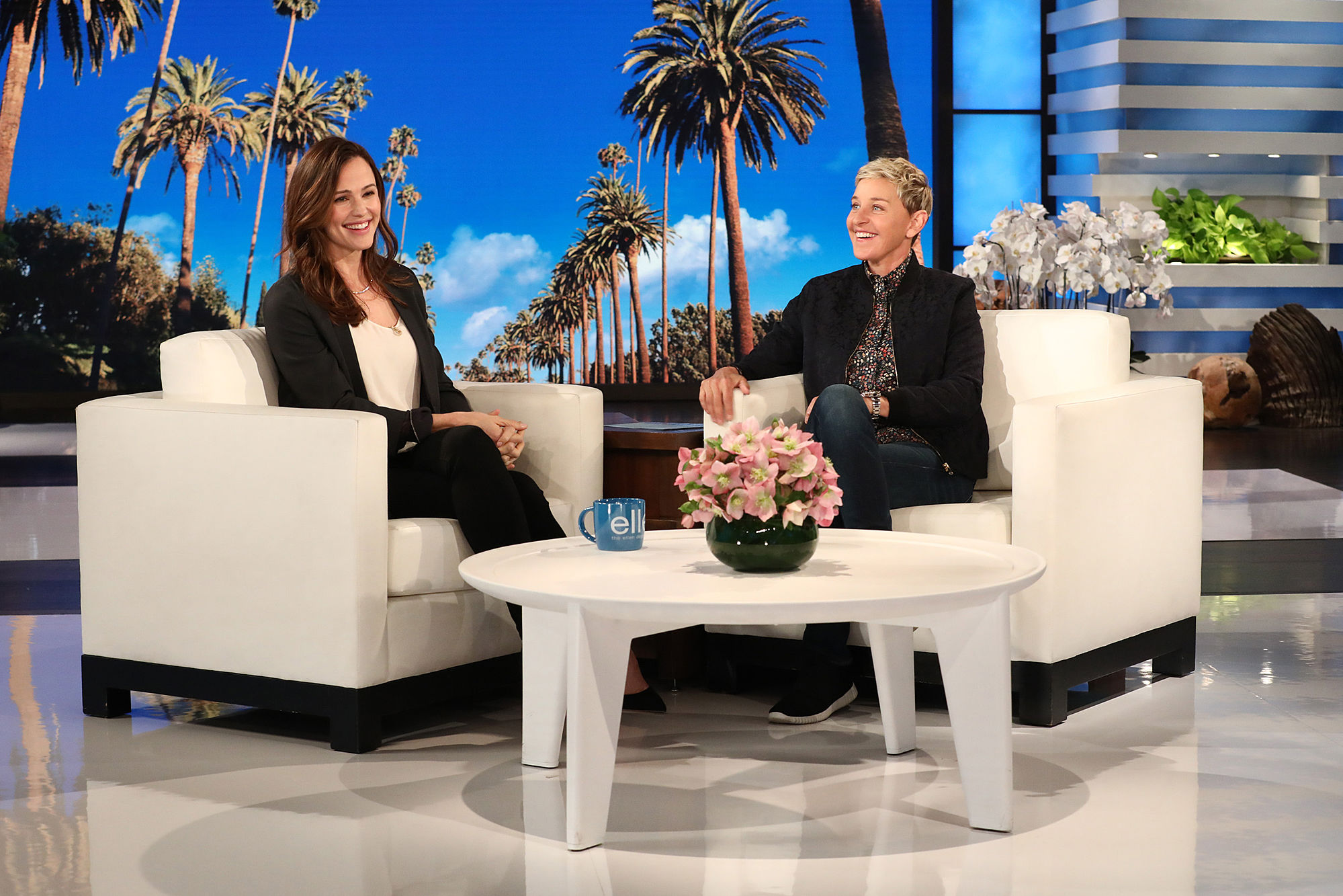 Jennifer Garner Has a Terrible Time During Ellen DeGeneres' Blind Taste Test: 'This Is The Worst Game'