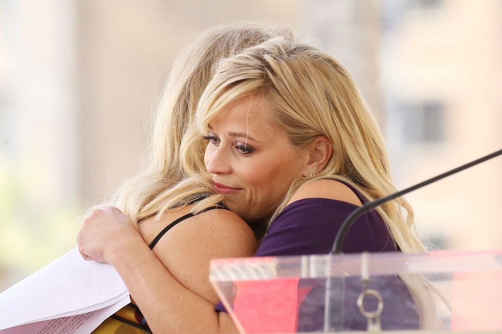 Reese Witherspoon Gave a Tear-filled Speech about Goldie Hawn at the Hollywood Walk of Fame