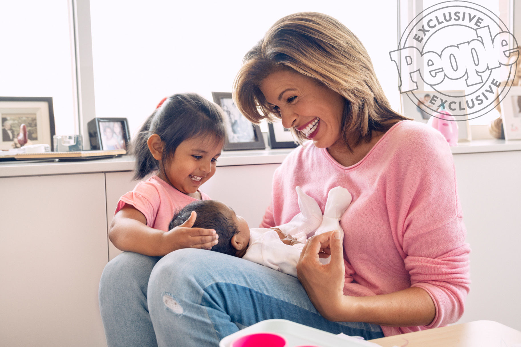 Hoda Kotb Opens Up About Adjusting to Life as a Mom of Two: 'In a Blink, Life Changes'