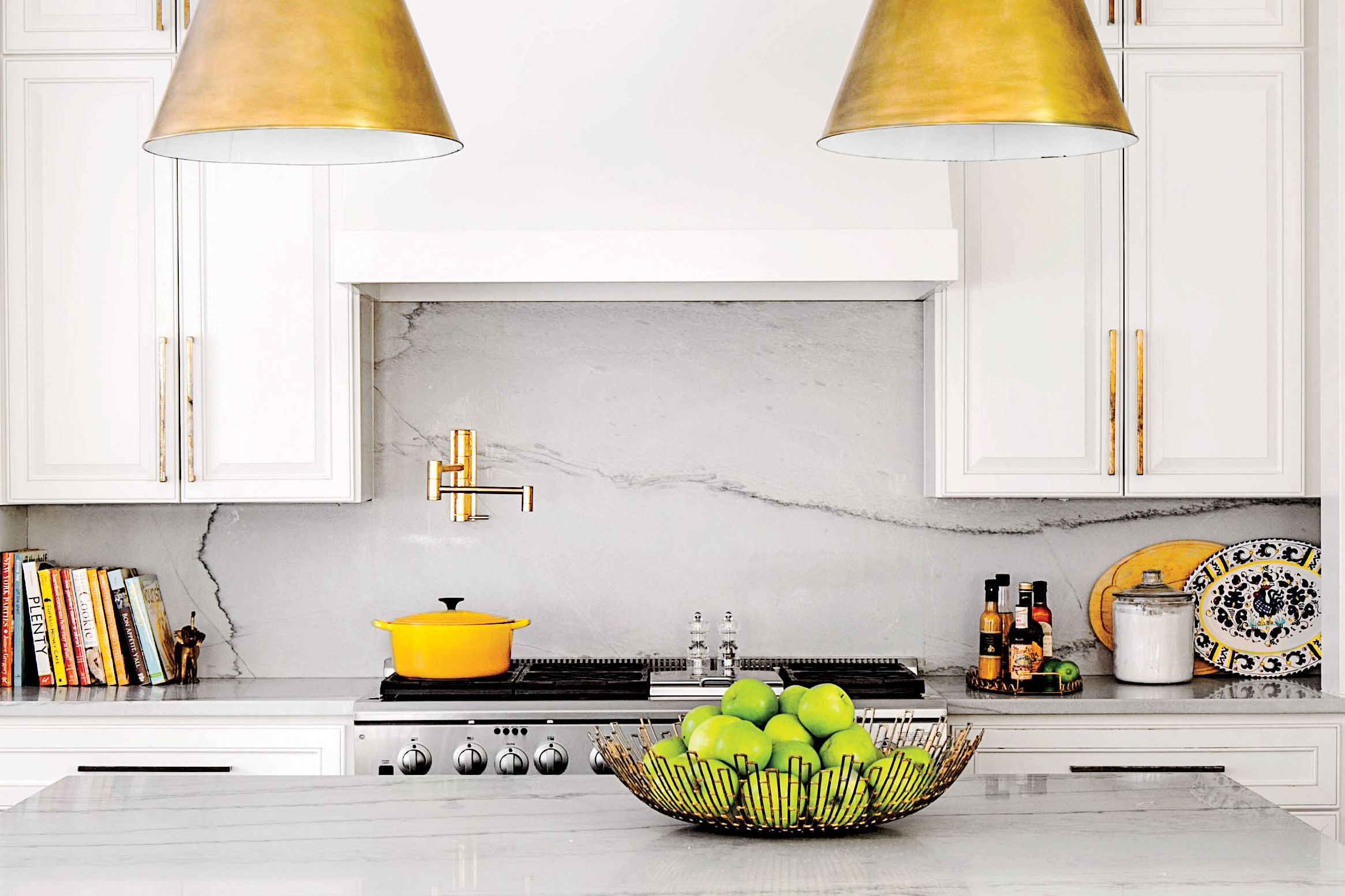 10 Classic Backsplash Options That Aren't White Subway Tile