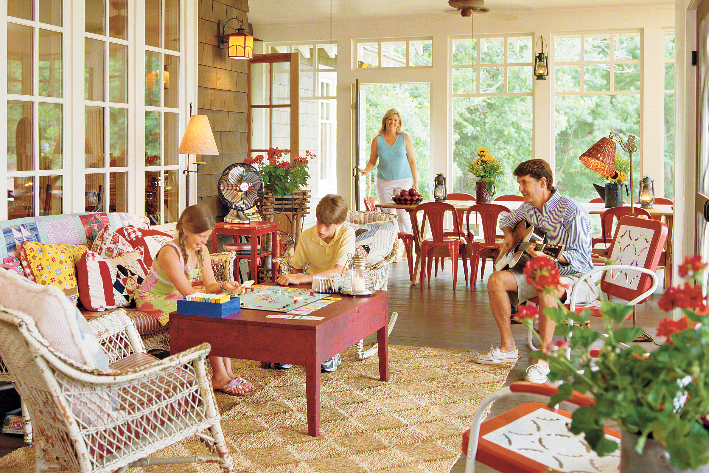 Laid-back Living at the Lake House