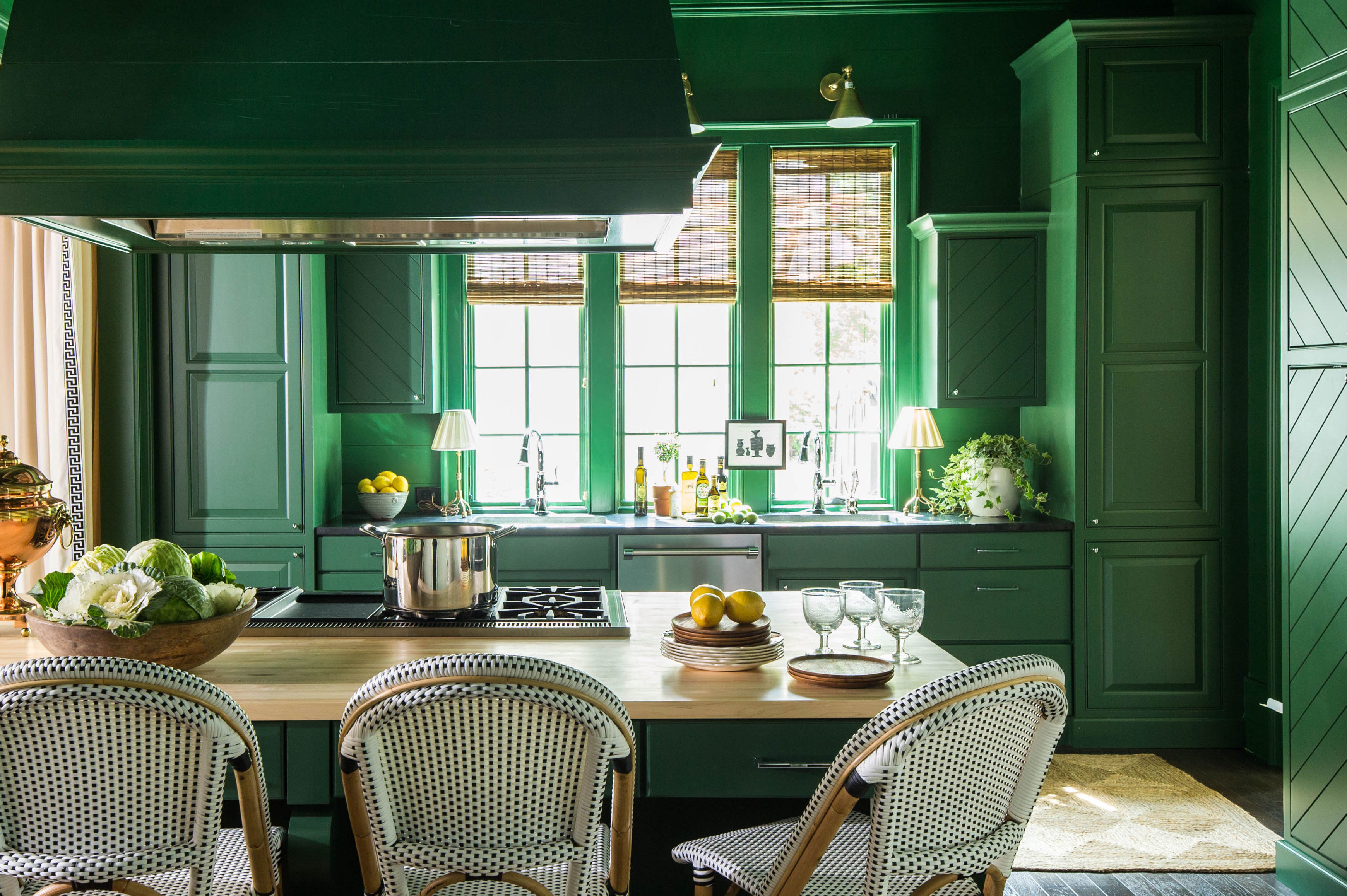 The Kitchen Paint Color Trend We Didn't See Coming in 2019