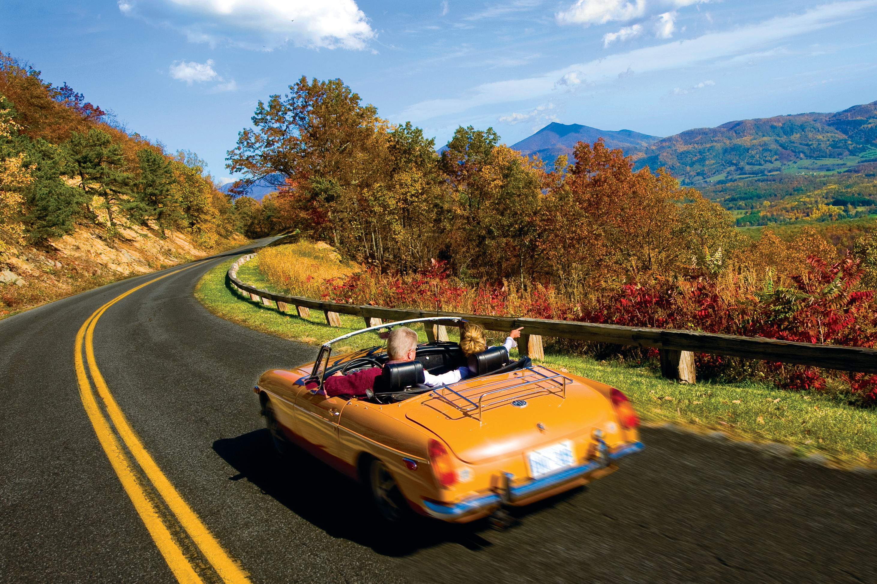 State-by-State Guide to the Best Fall Color - Southern Living
