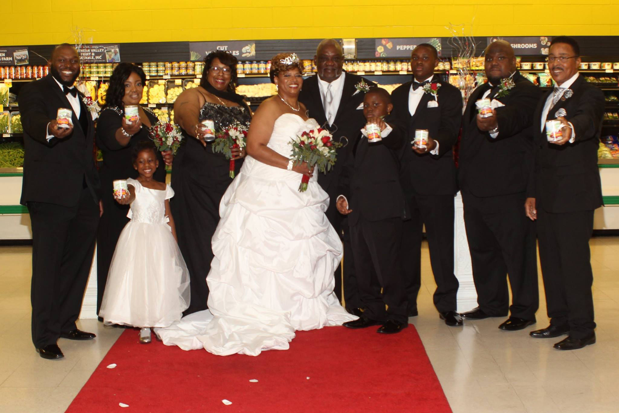 This Couple Got Married in a Georgia Supermarket on Thanksgiving Day