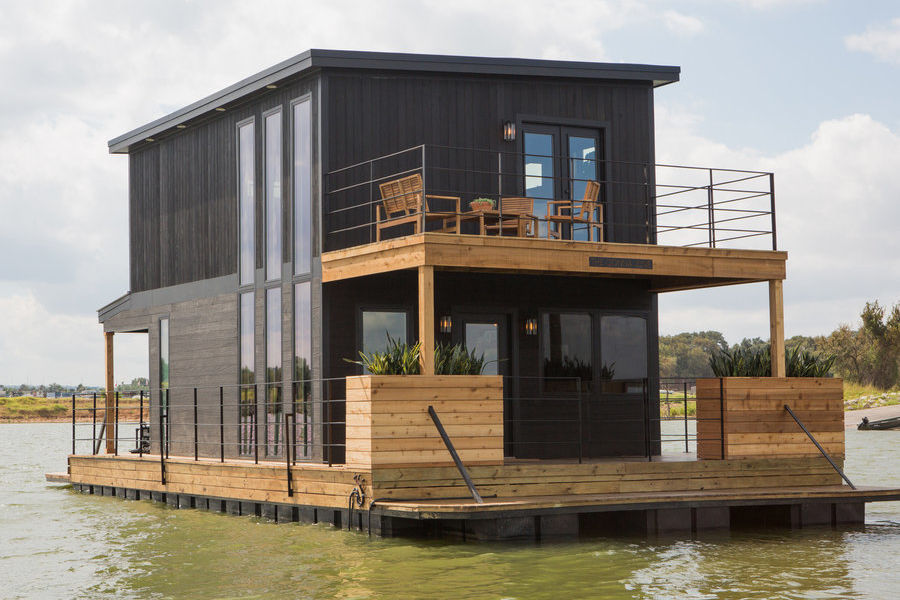 See the Incredible Houseboat Makeover Featured on Last Night's Fixer Upper