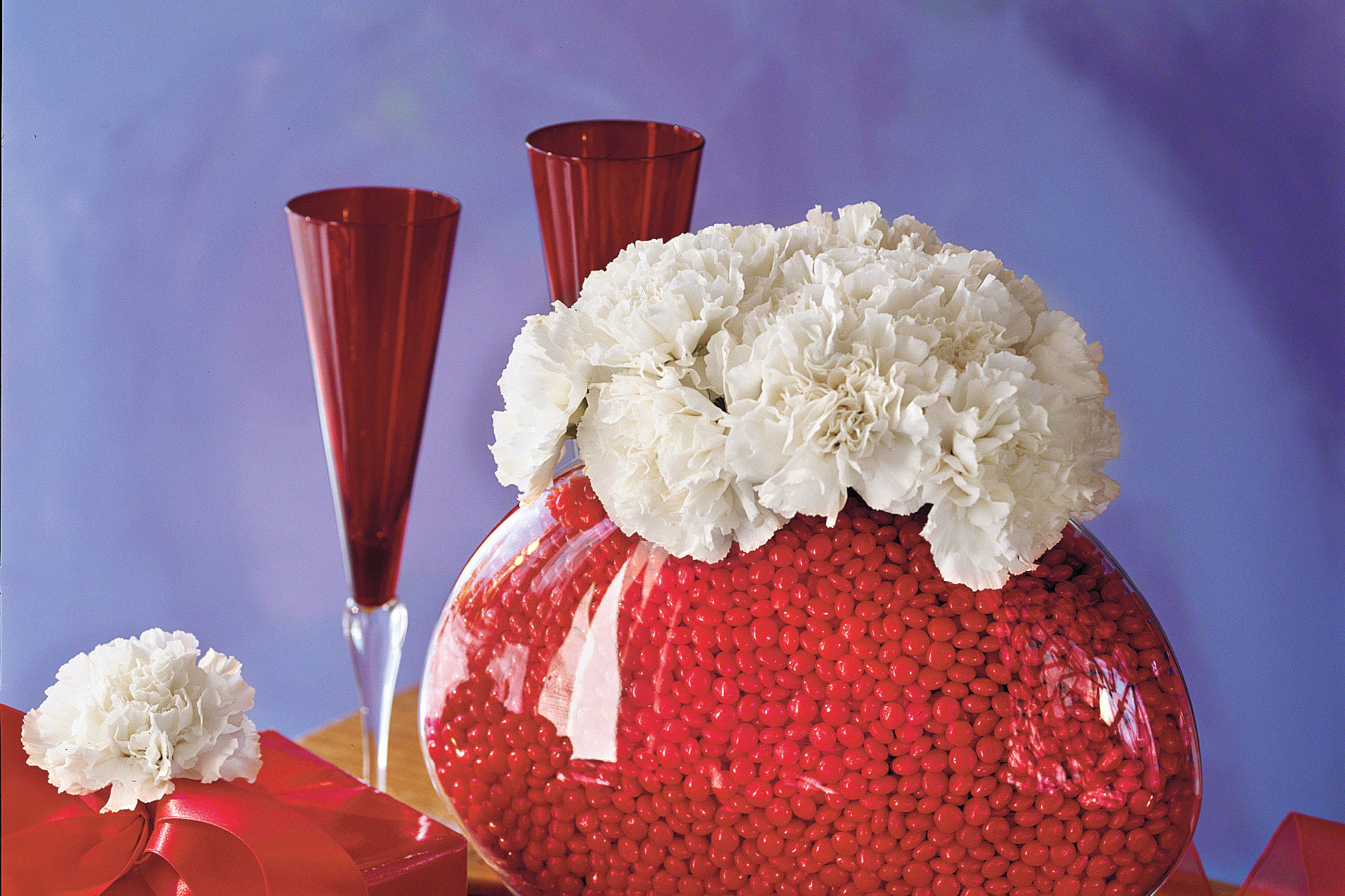 Here's Why You Should Never Give a Southern Woman a Bouquet of Carnations