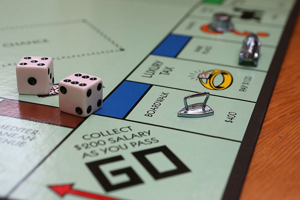 6 Classic Board Games for When the Power Goes Out
