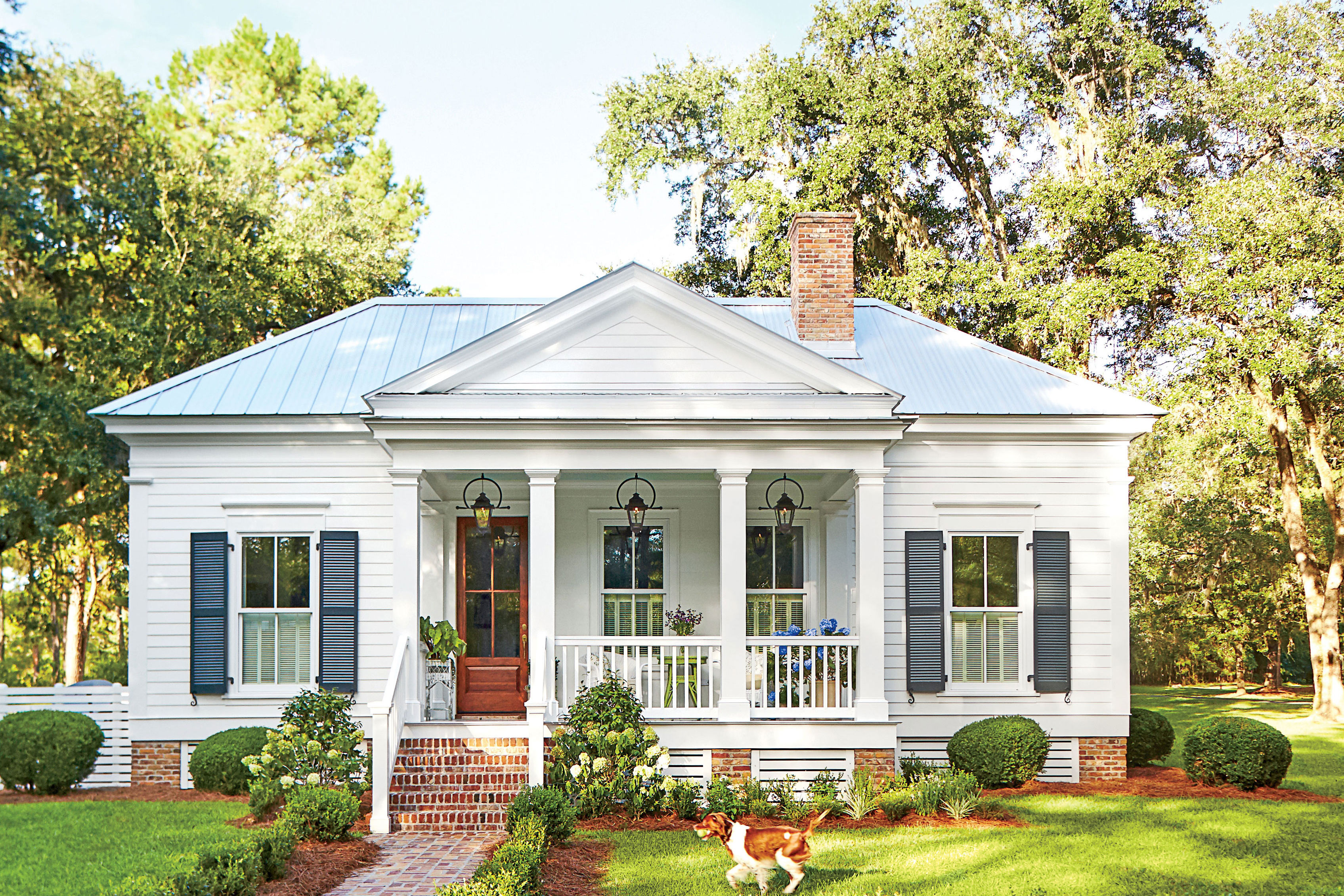 Swell 1500 Square Feet Is The Right Size Southern Living Home Interior And Landscaping Ologienasavecom