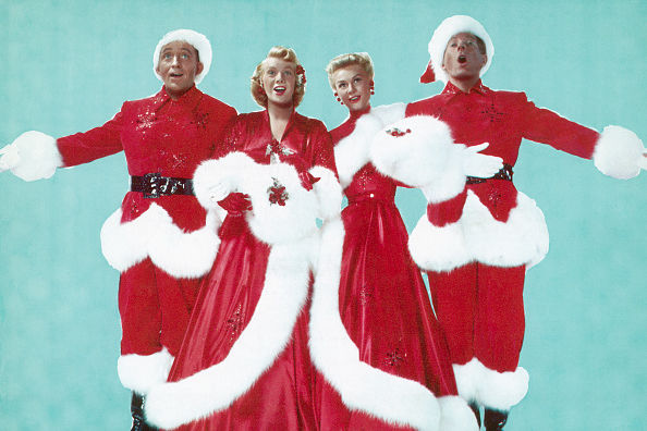 6 Classic Christmas Carols That Will Always Be Favorites