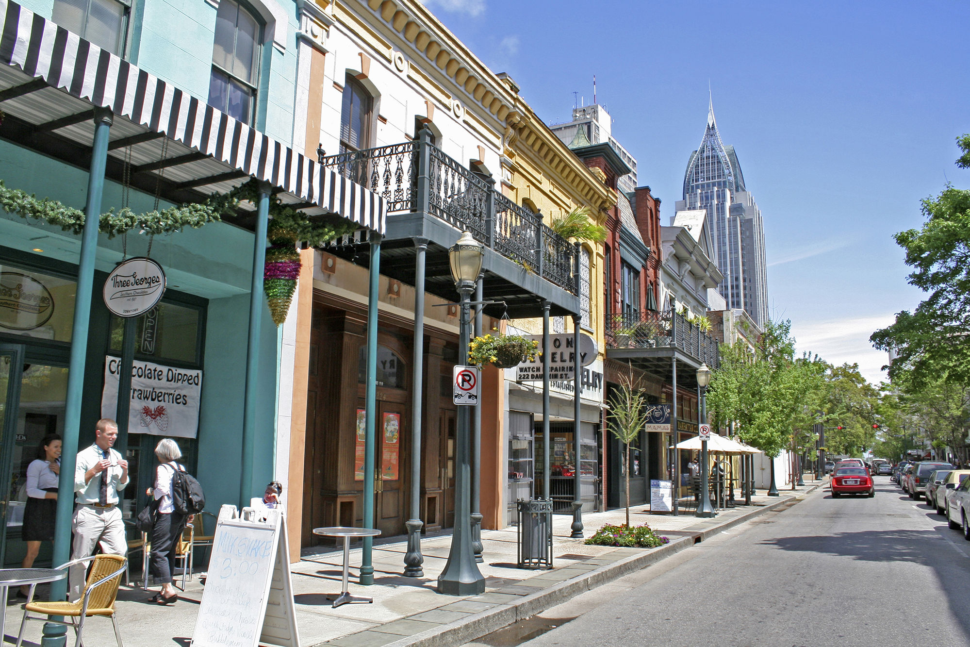 8 Reasons Mobile, Alabama is a Must-Stop Southern Spot