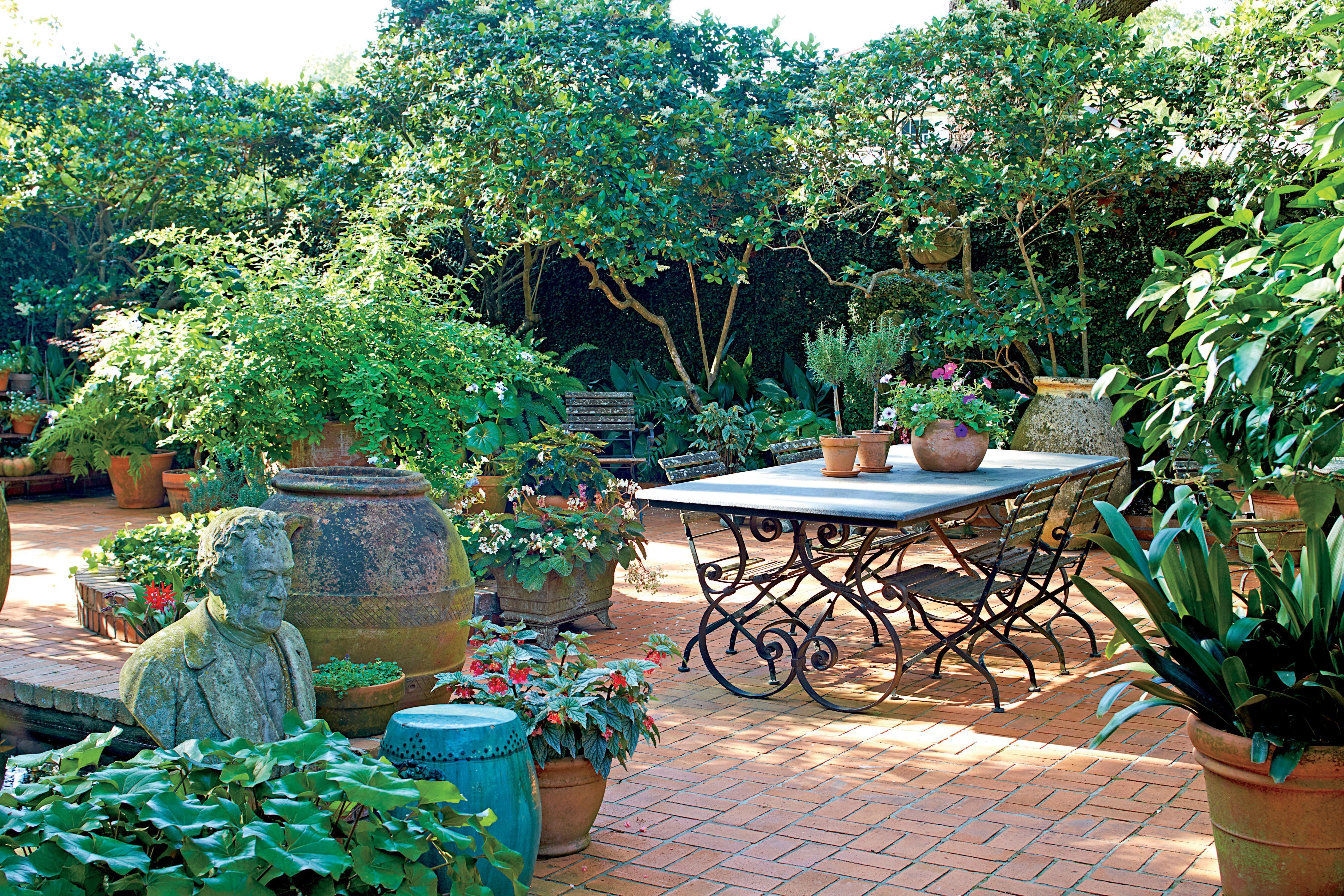 7 Backyard Makeover Tips If You Dream Of A French Court In New Orleans