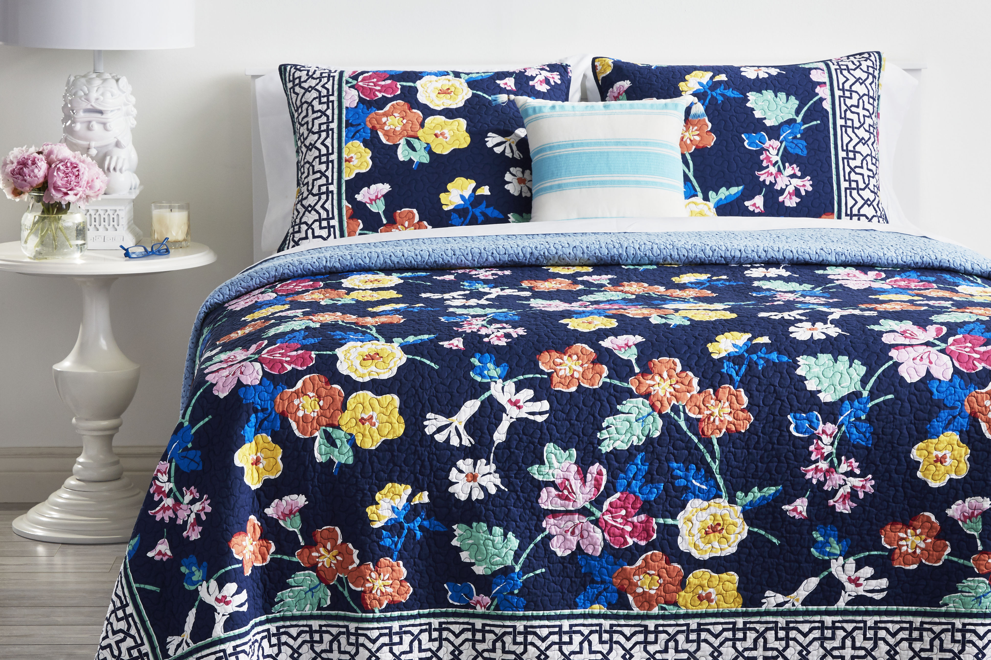 Vera Bradley's New Bedding Collection is Here and We Want it All!