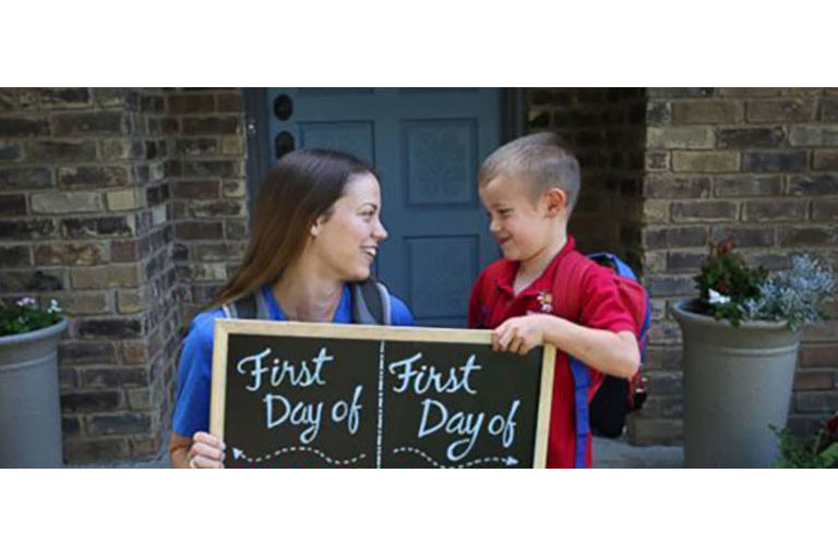 Cutest Photo Ever? Dallas Mom Poses with Son to Celebrate First Day of School