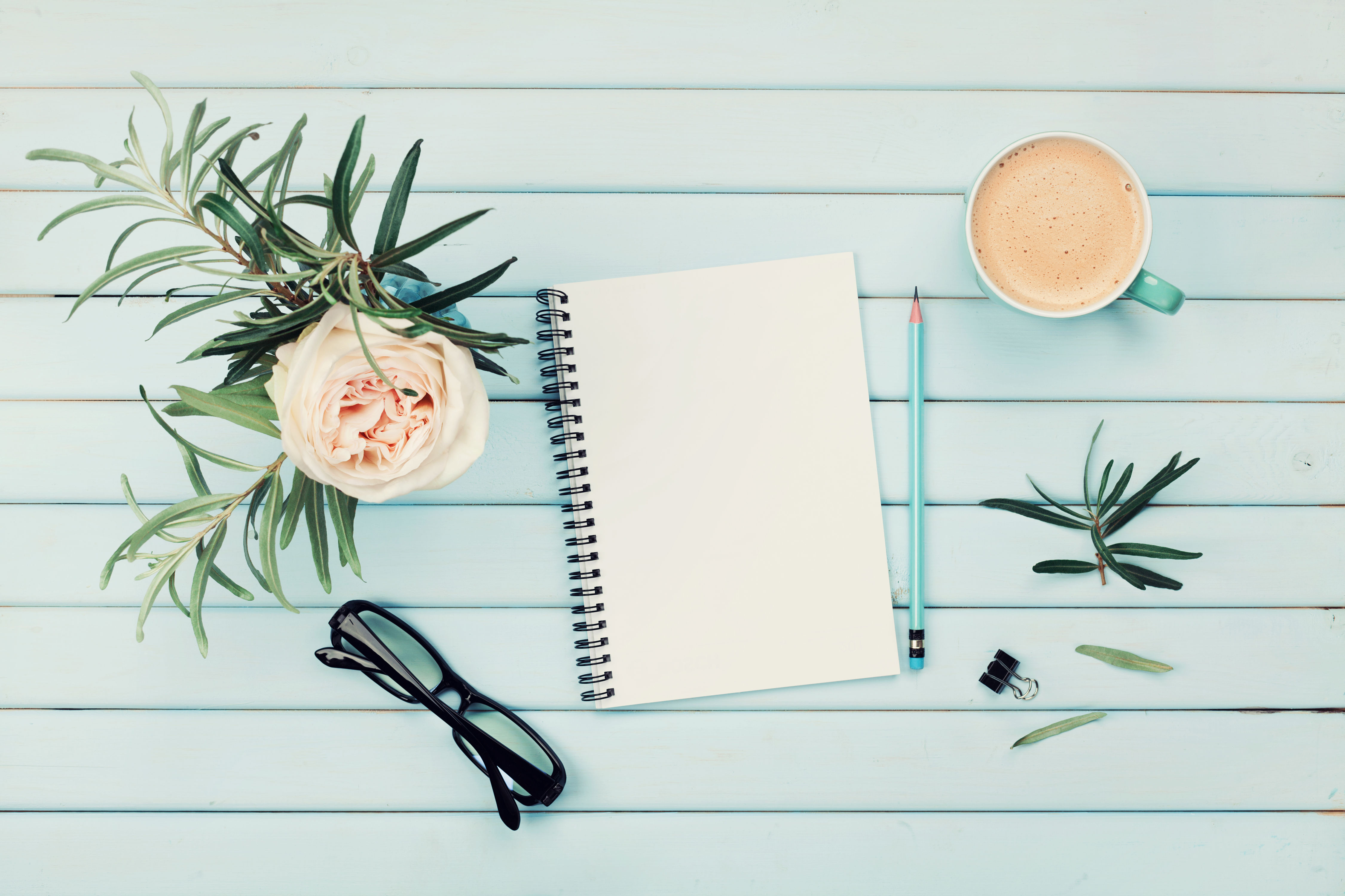 3 Things Super-Organized People Do Every Sunday
