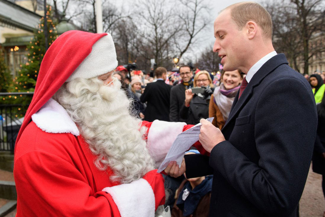See What Prince George Asked Santa for Christmas in a Letter Hand-Delivered by Dad Prince William
