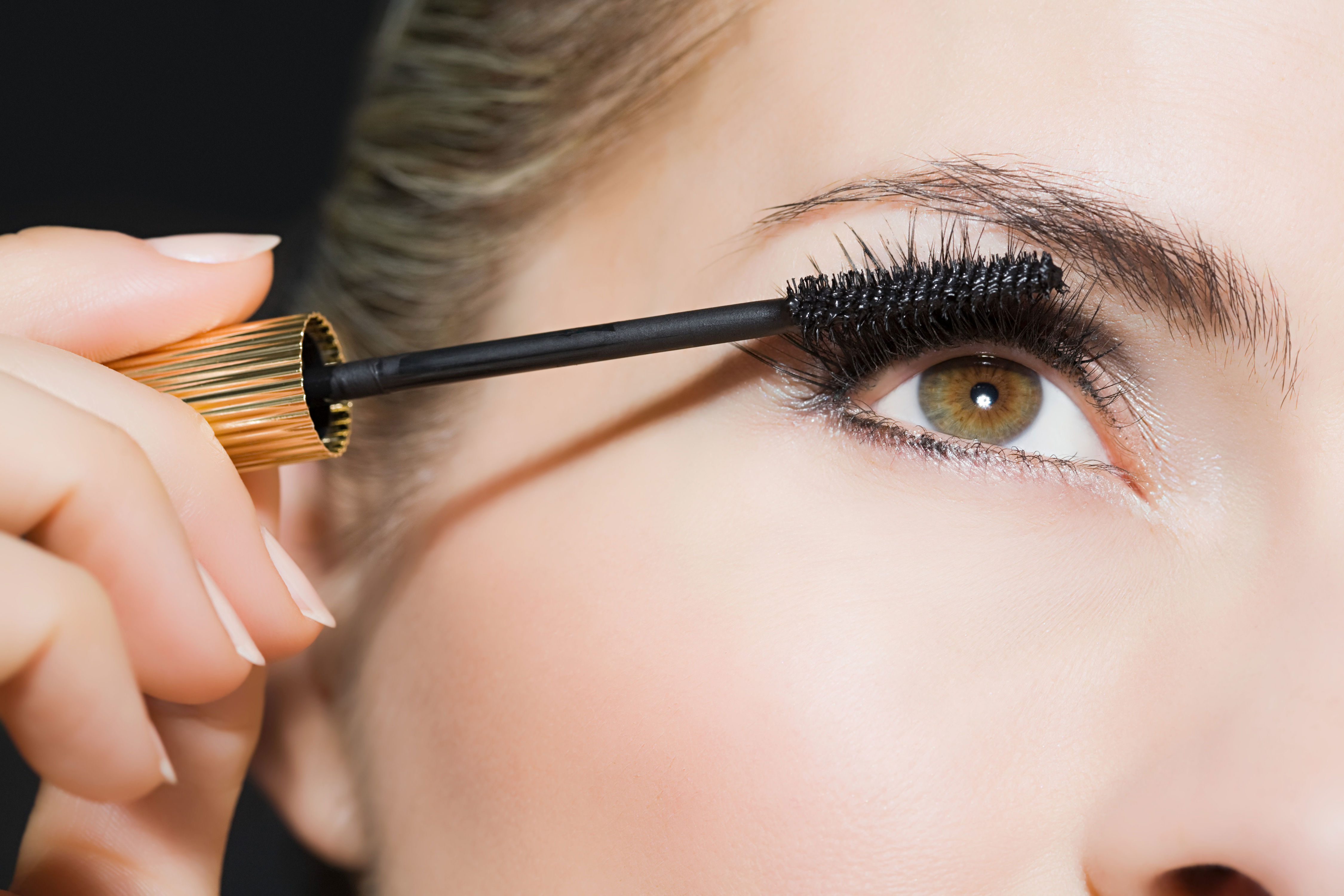 Some Women Swear By This Trick For Avoiding Under-Eye Mascara Smudges