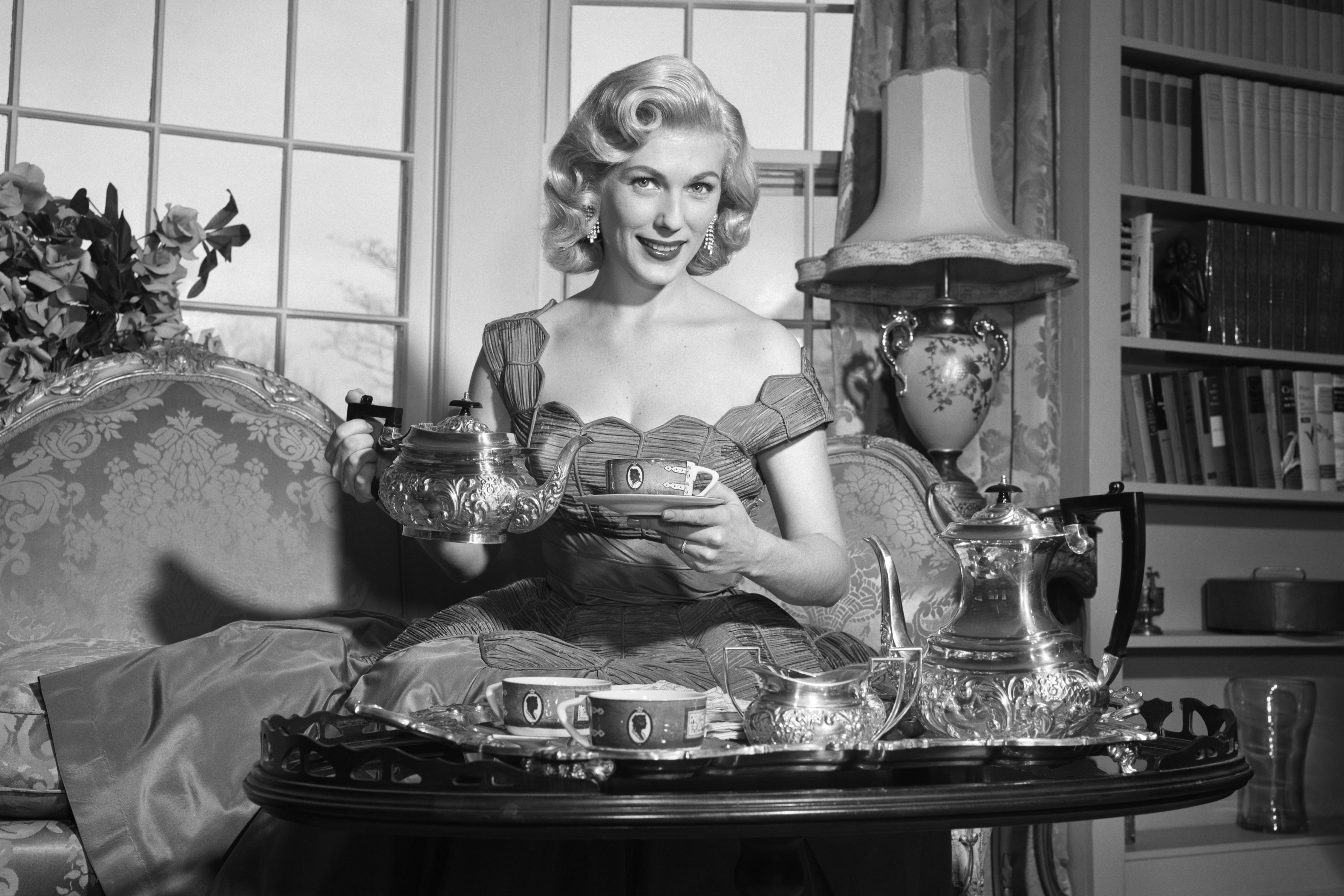The Best Hostess Tips We Learned From Our Grandmothers