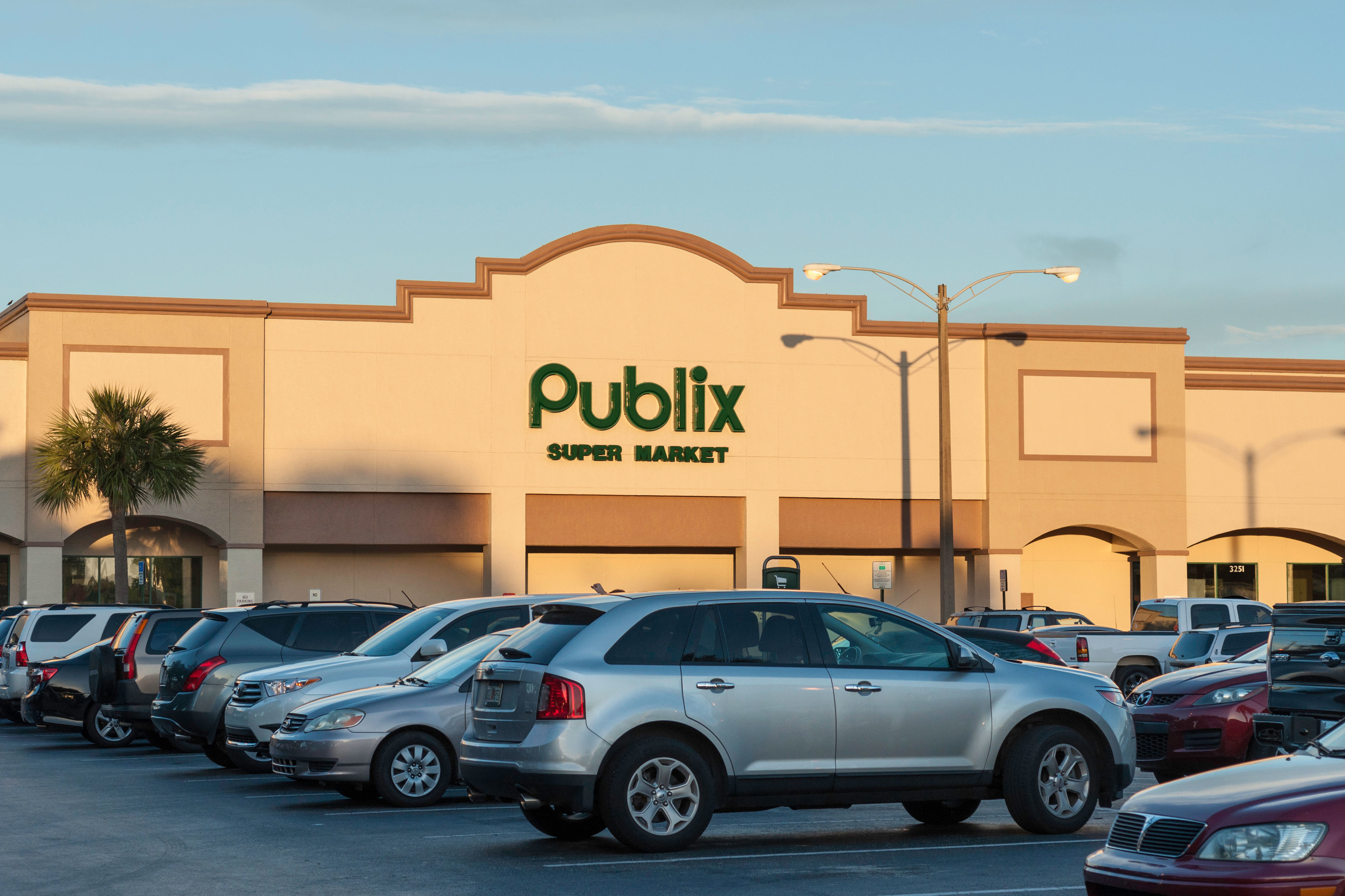 The Real Reason Why Southerners Are Obsessed with Publix