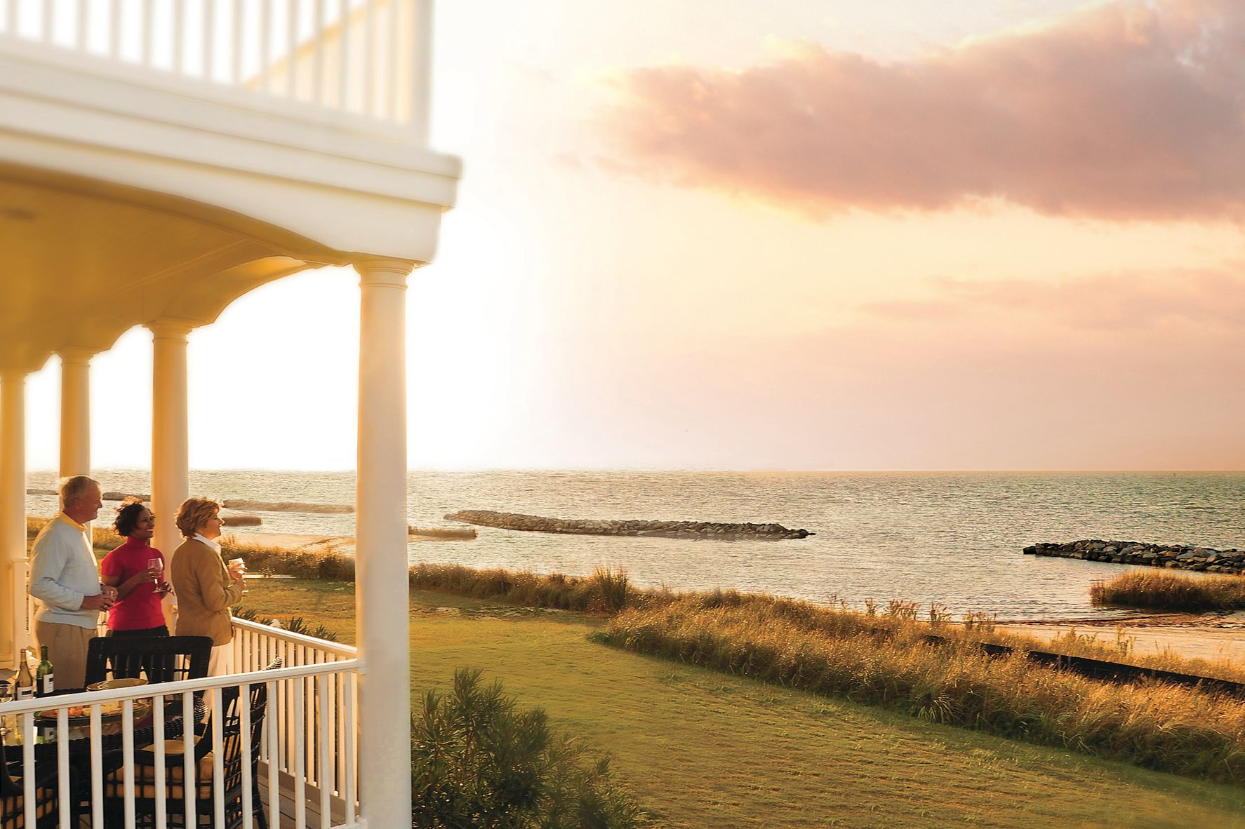 Visit this Coastal Virginia Community for the Ultimate Celebration of Springtime in the South