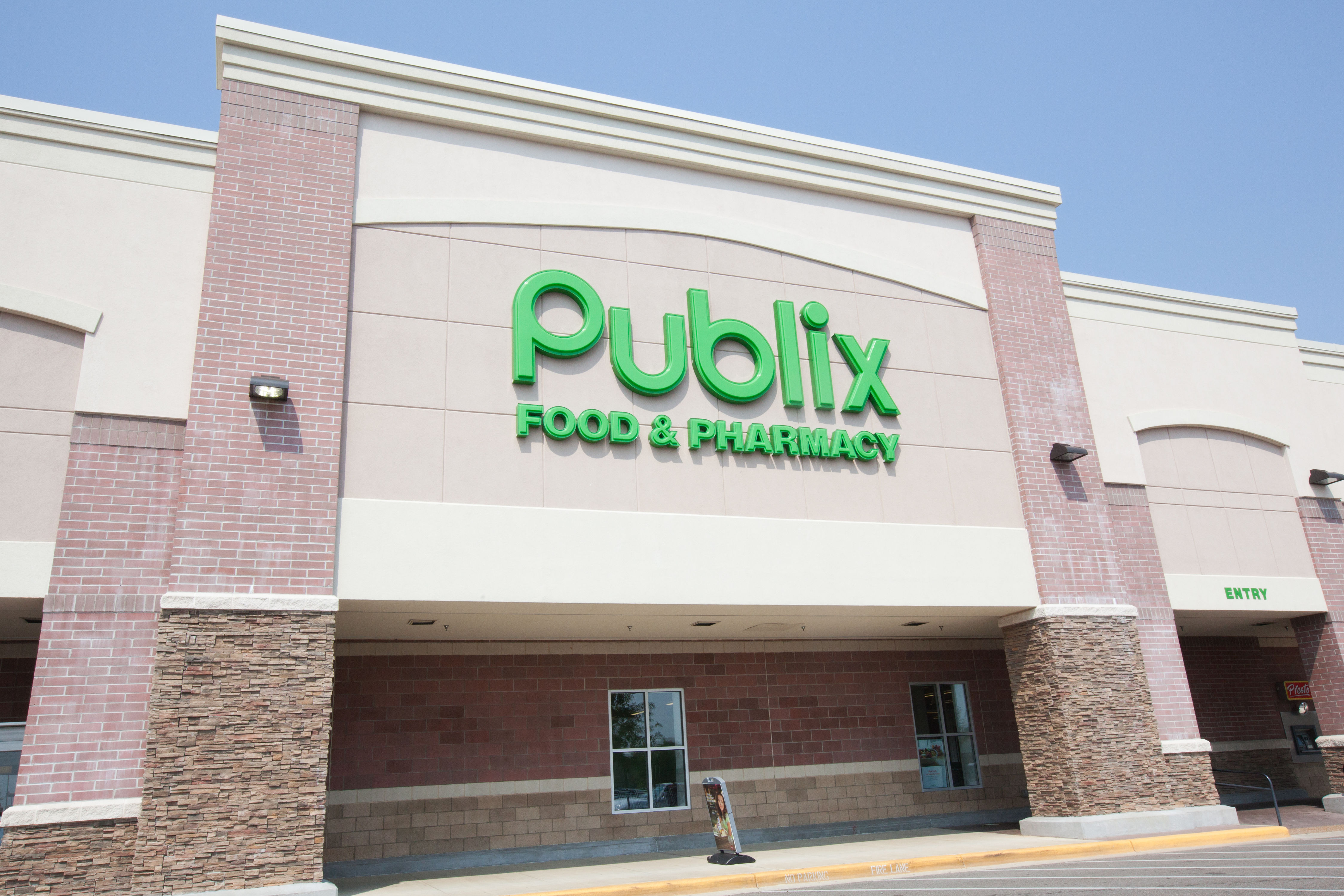 10 Publix Holiday Commercials That Made Us Weep