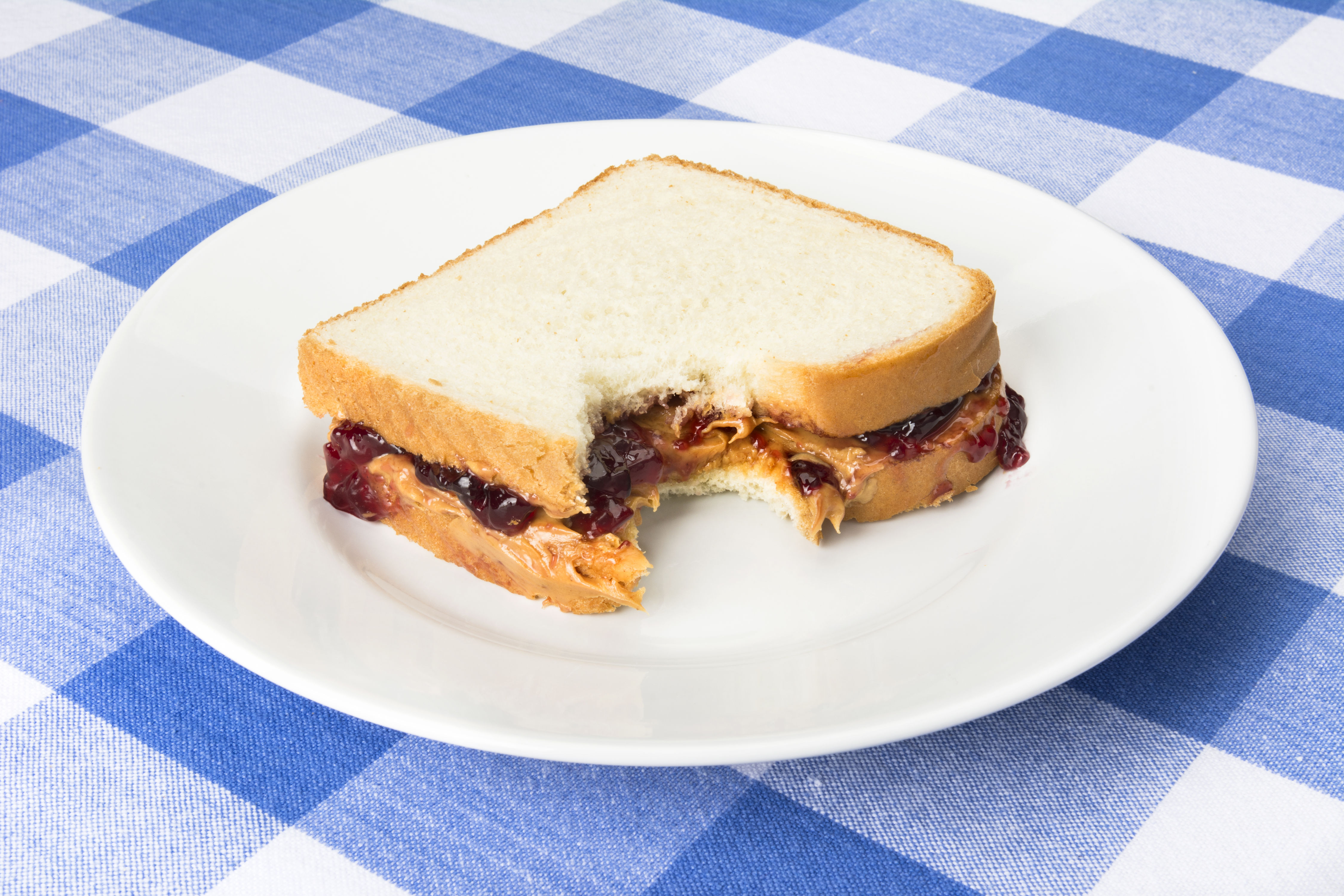 People Are Arguing over the Right Way to Make a Peanut Butter and Jelly Sandwich
