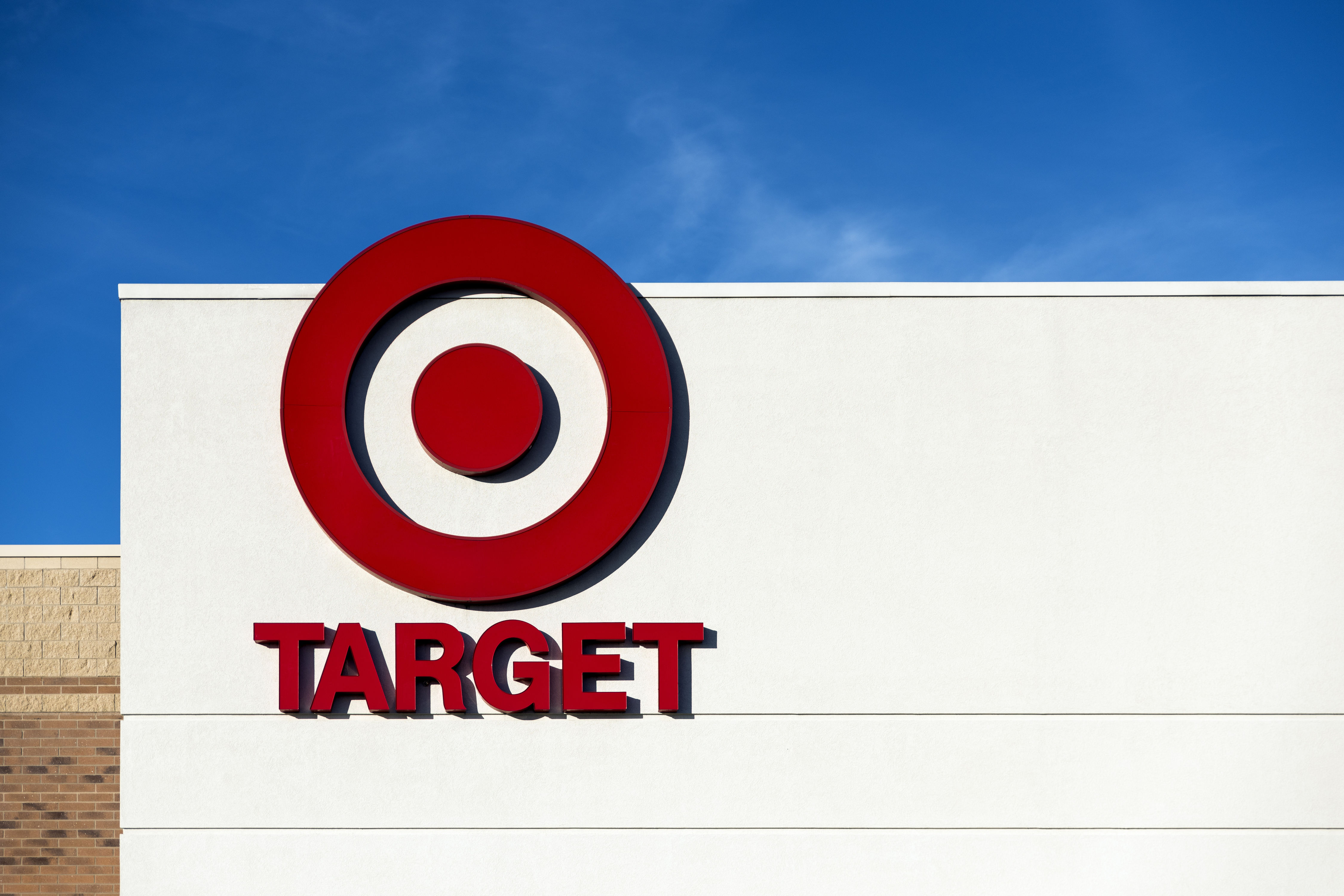 """Breathe Easy Shoppers: Experts Confirm the Existence of the """"Target Effect"""""""