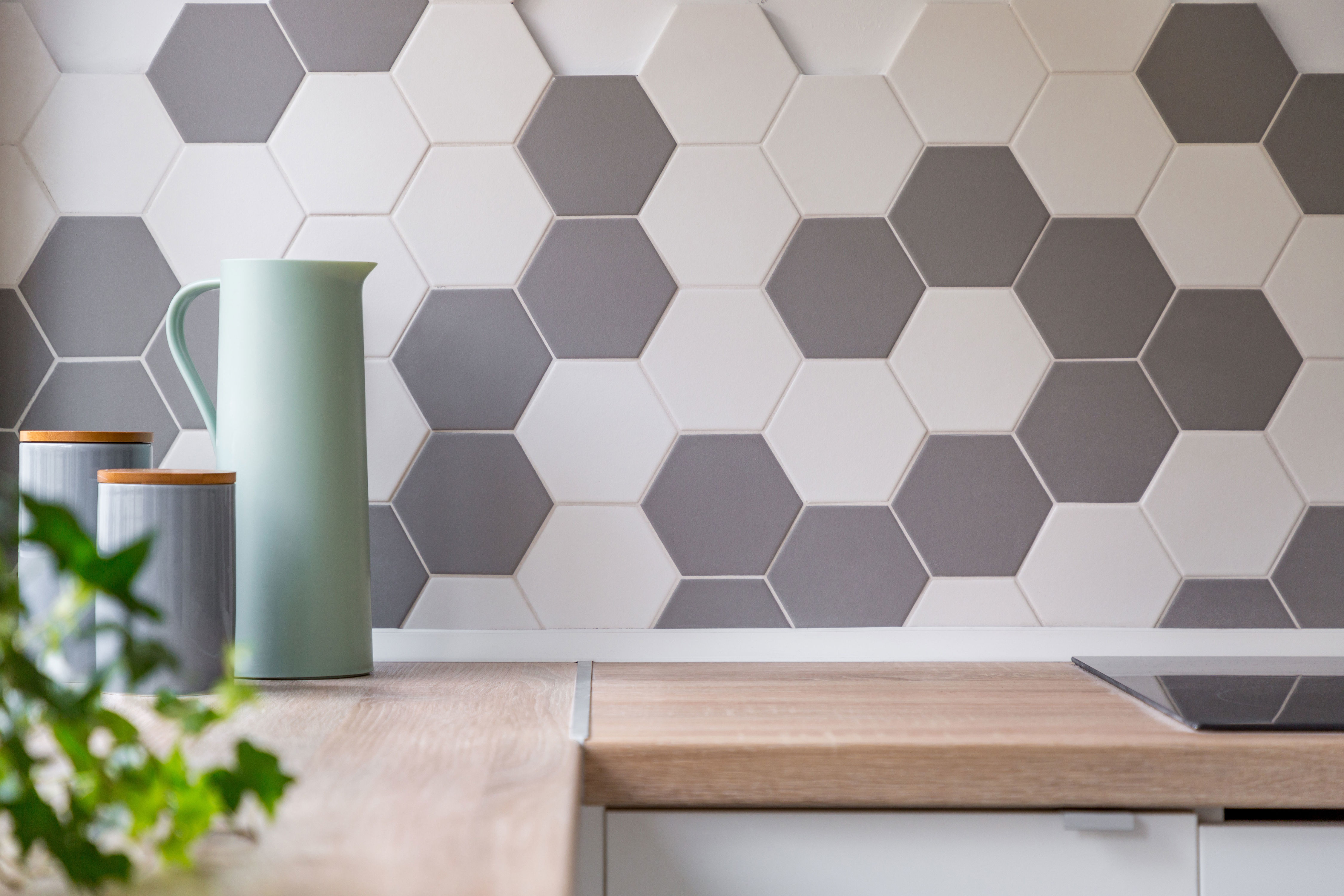 This Modern Tile Trend Has Pinterest Divided