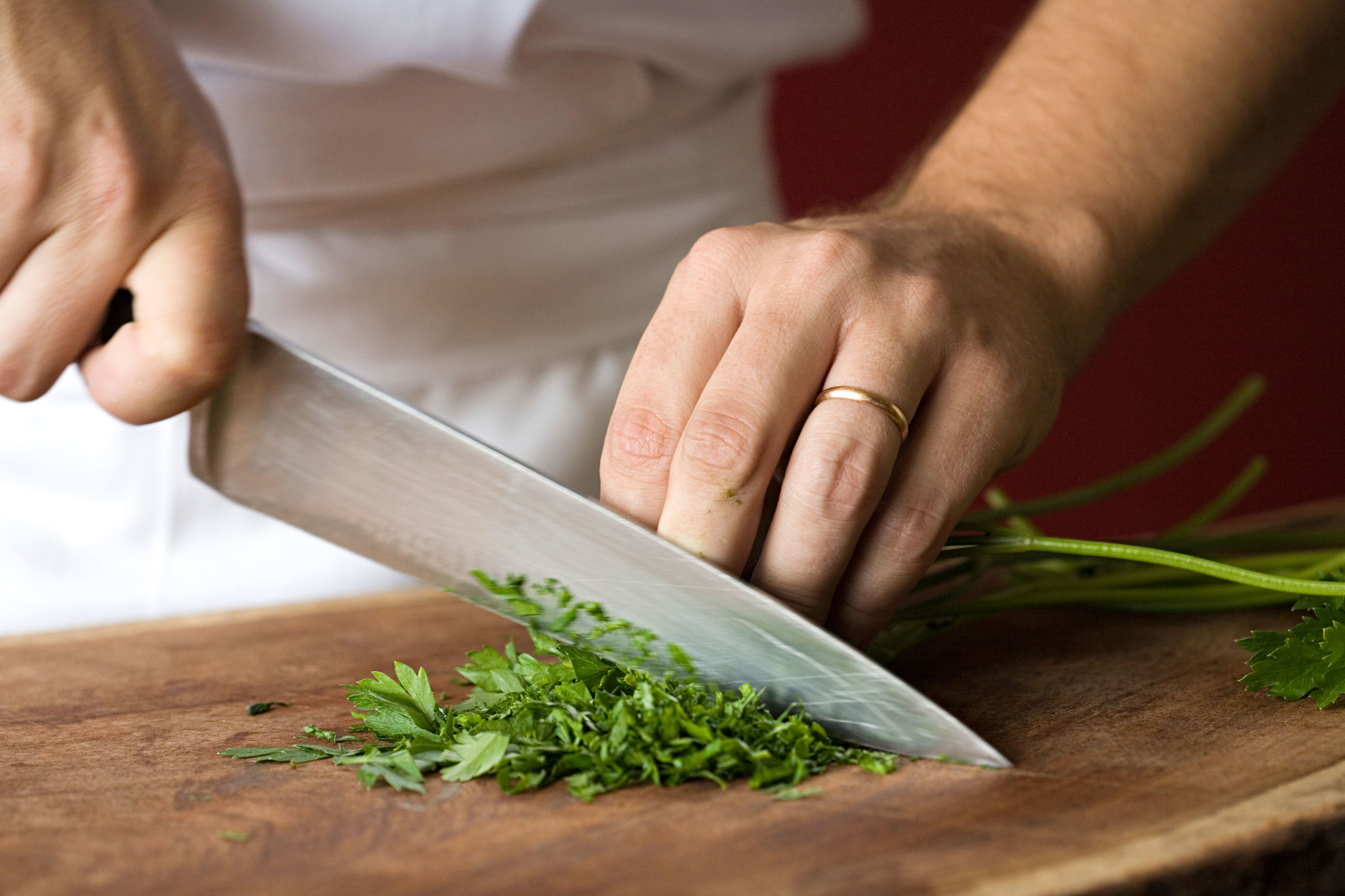 This Common Mistake May Be Dulling Your Knives