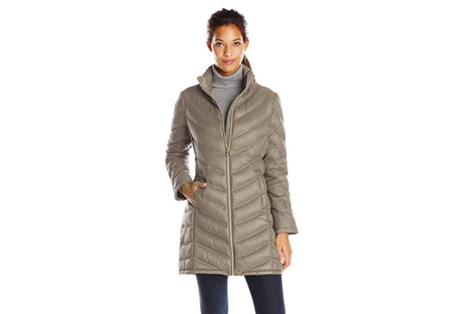 This Packable Puffer Coat Has More than 500 Reviews on Amazon