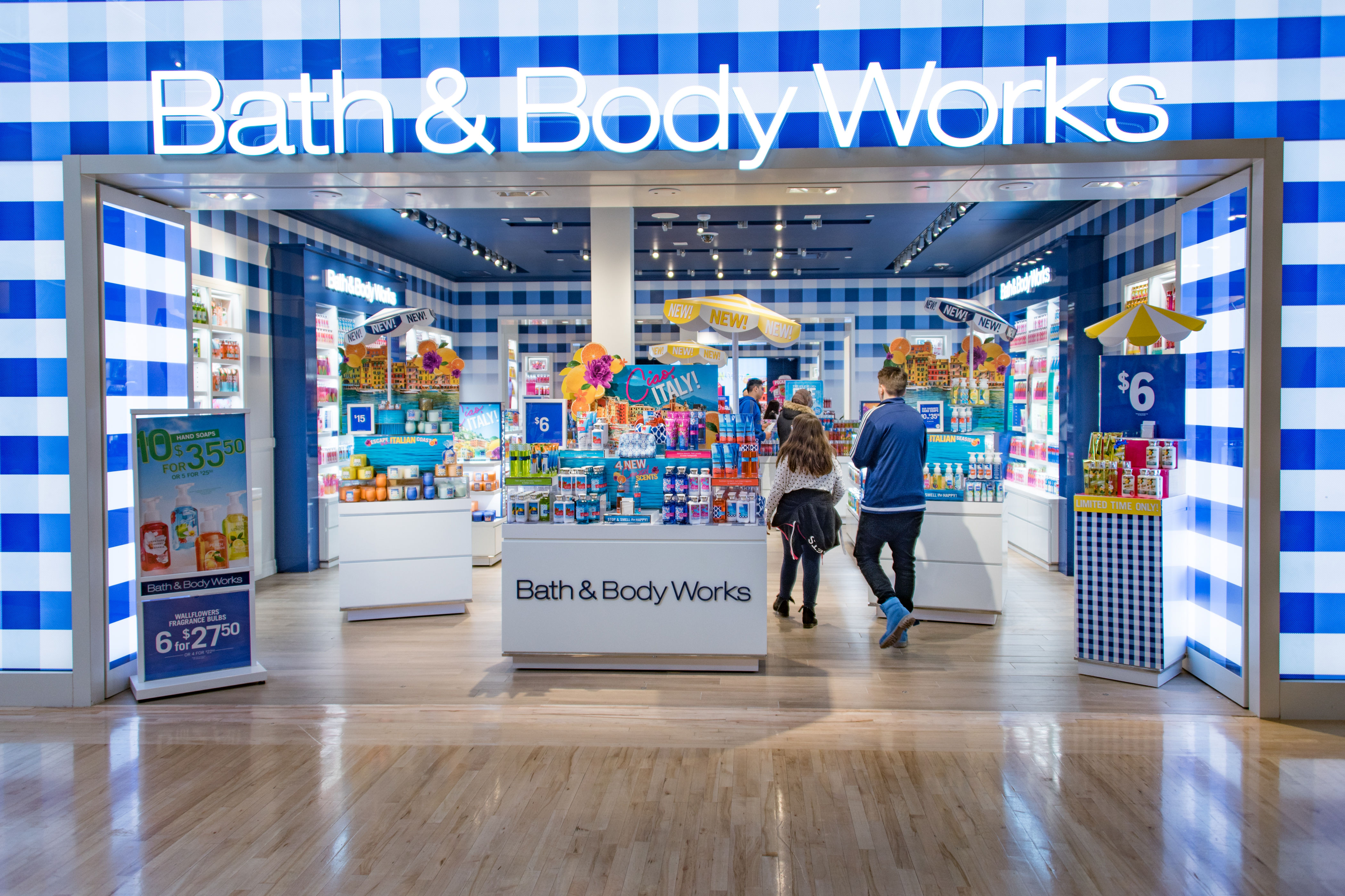 5 Secrets to Saving Big at Bath & Body Works, From Insiders