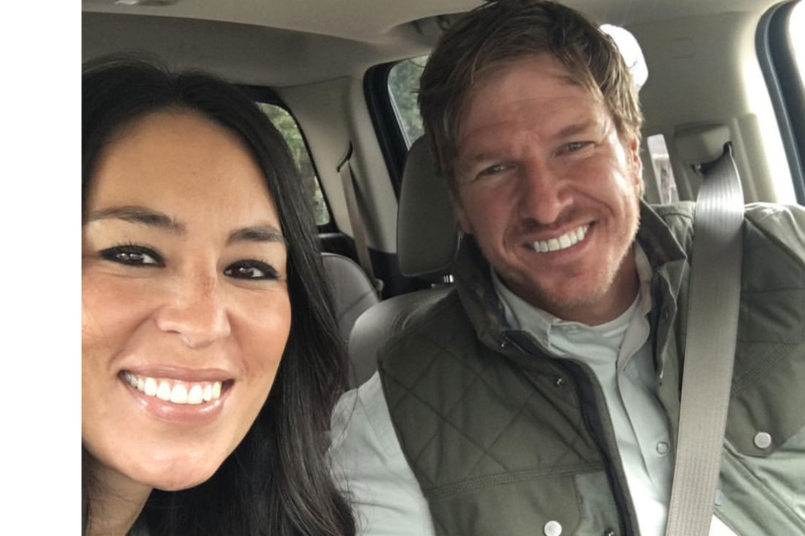 Joanna Gaines Reveals the Two Home Design Essentials She Always Keeps in Her Purse