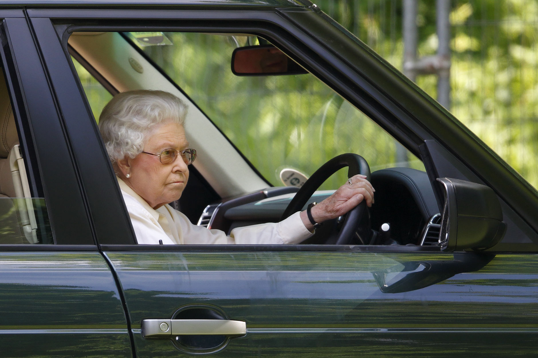 The Reason Members of the Royal Family Often Don't Wear Seat Belts