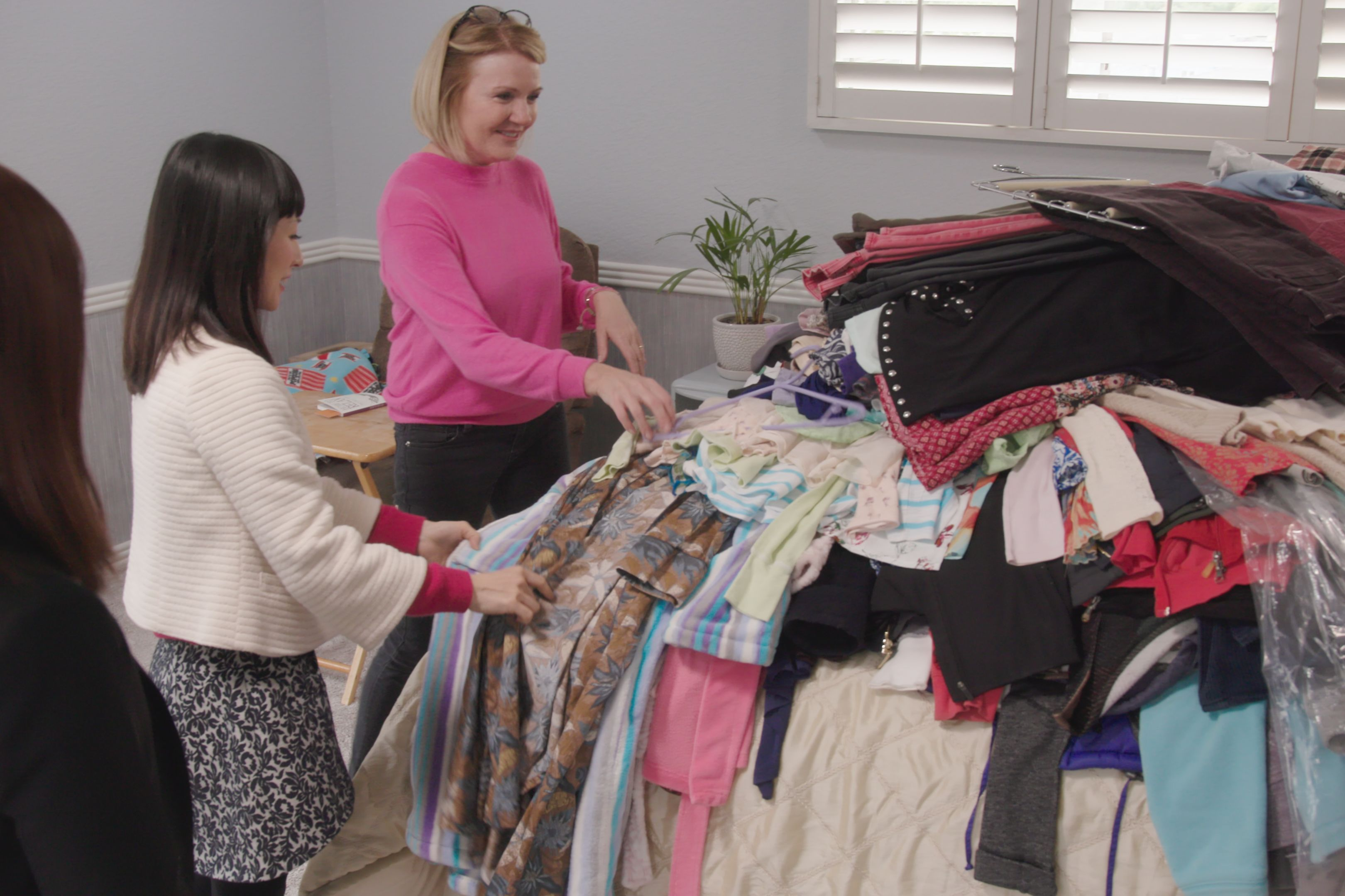 "Marie Kondo's ""Tidying Up"" Is Inspiring a Surge in Thrift Store Donations"
