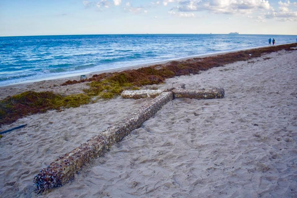 "Alleged Story Behind Fort Lauderdale's Mysterious ""Miracle"" Cross is a Heartbreaker"
