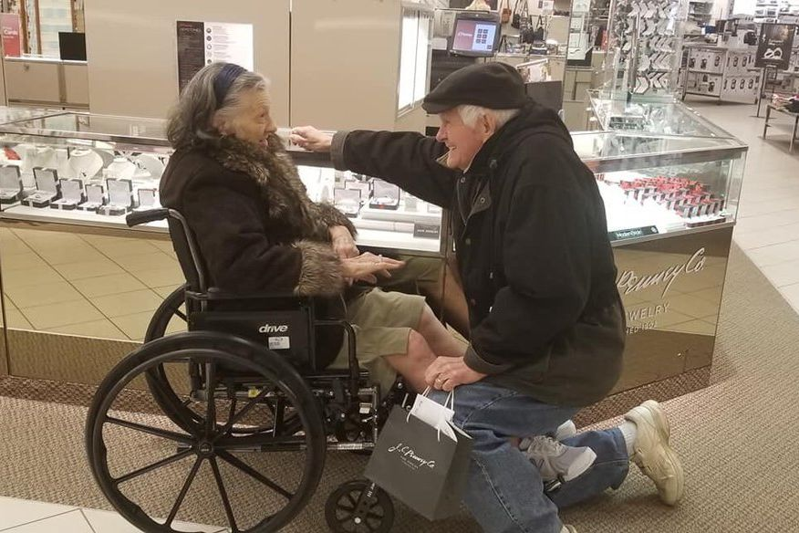 Husband Gets down on One Knee to Propose to Wife Again After 63 Years of Marriage