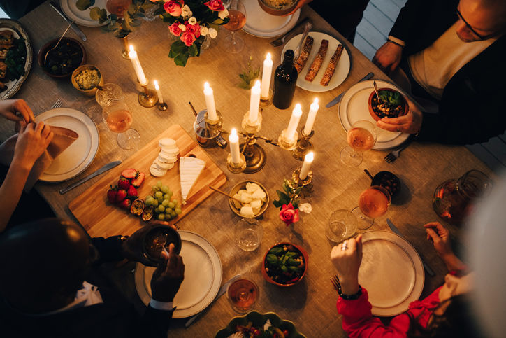 Should You Light Centerpiece Candles During a Dinner Party?