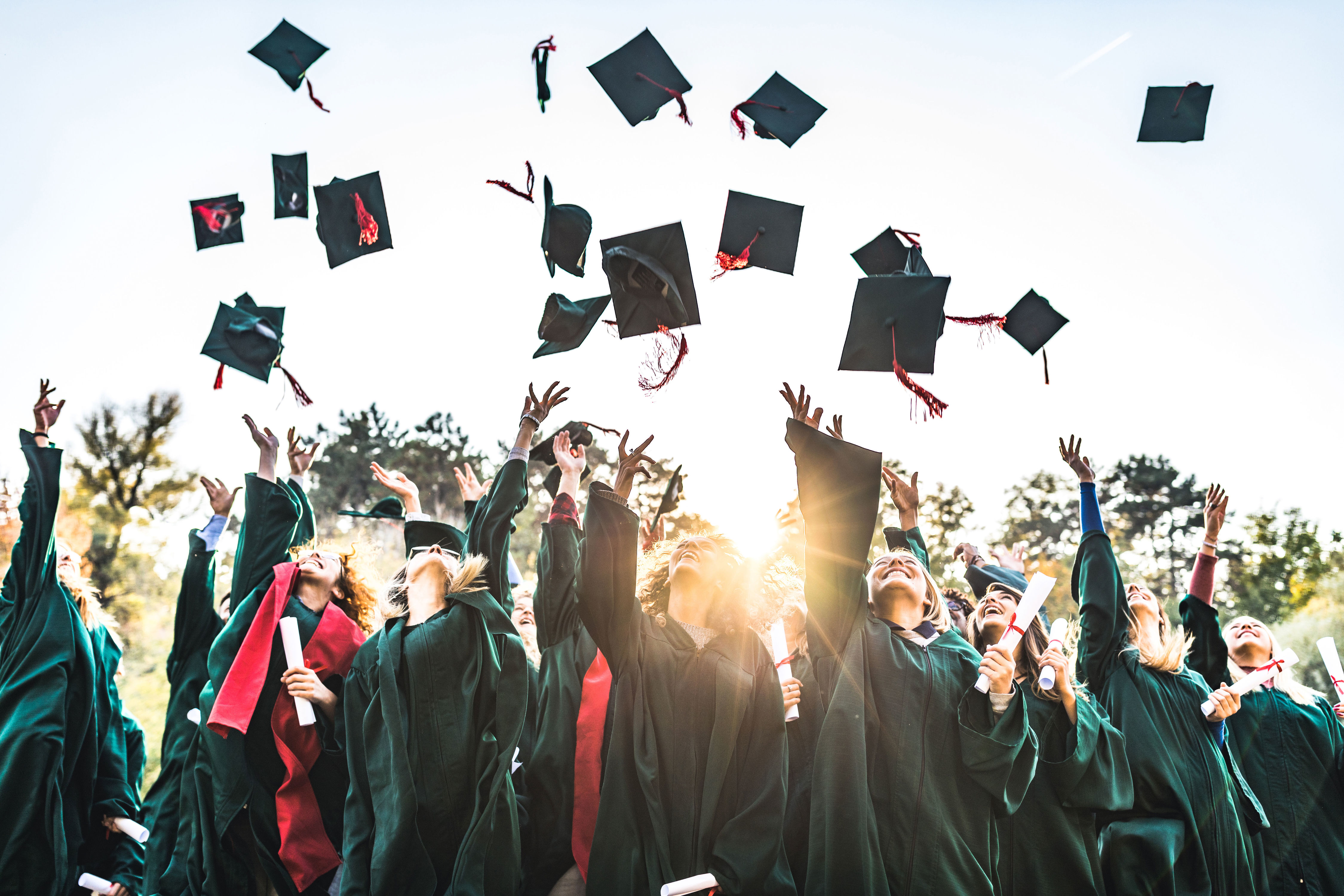 Never Make These Graduation Etiquette Mistakes