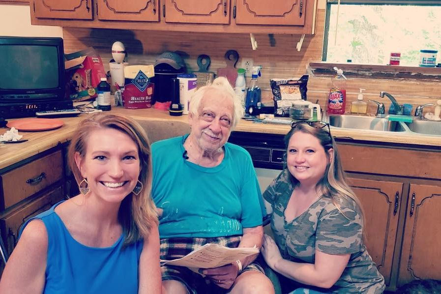 "Uber Driver Changes 89-Year-Old Veteran's Life After Discovering His ""Appalling"" Living Conditions"