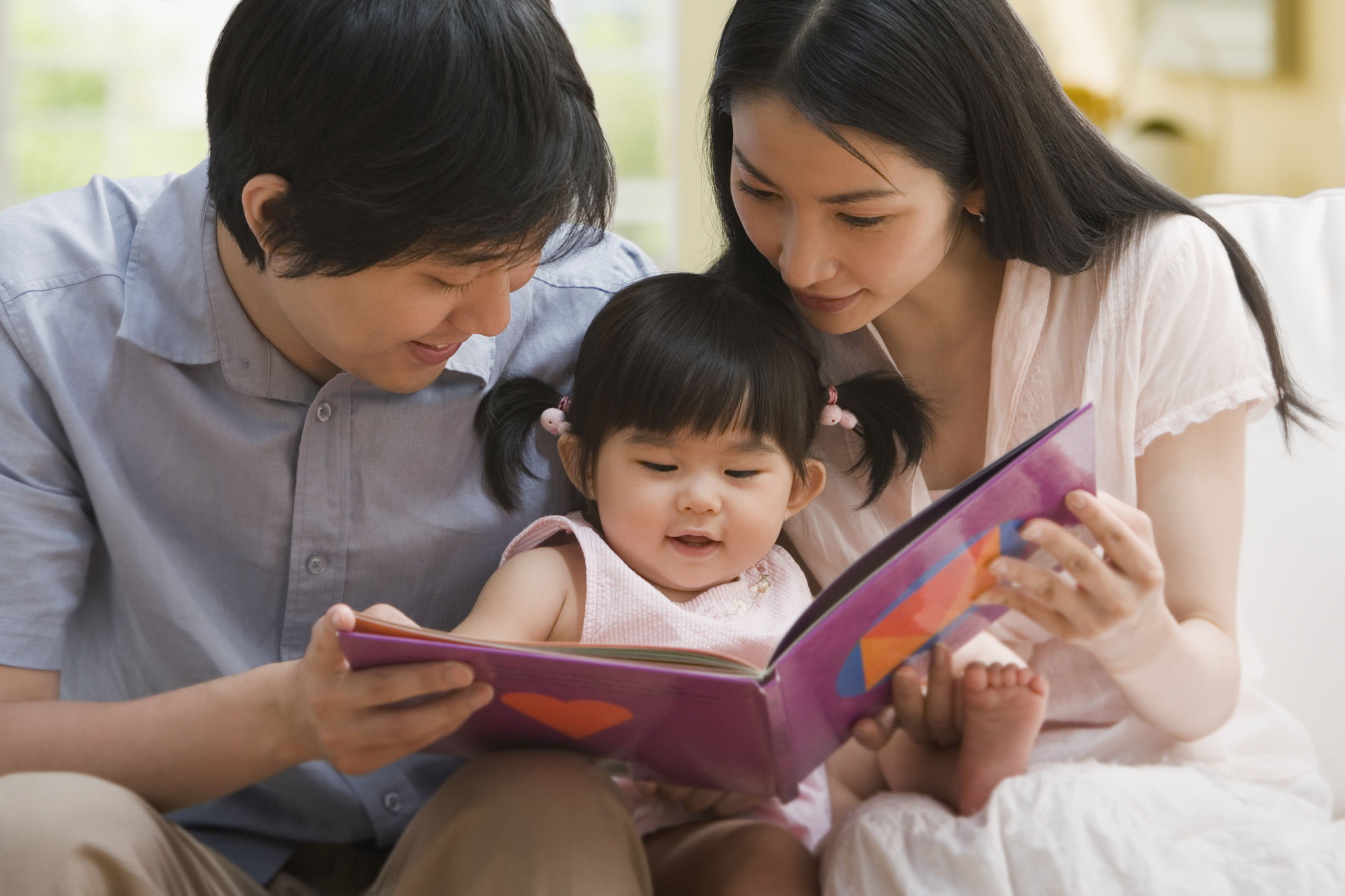 The Benefits of Reading the Same Books to Your Child Over and Over