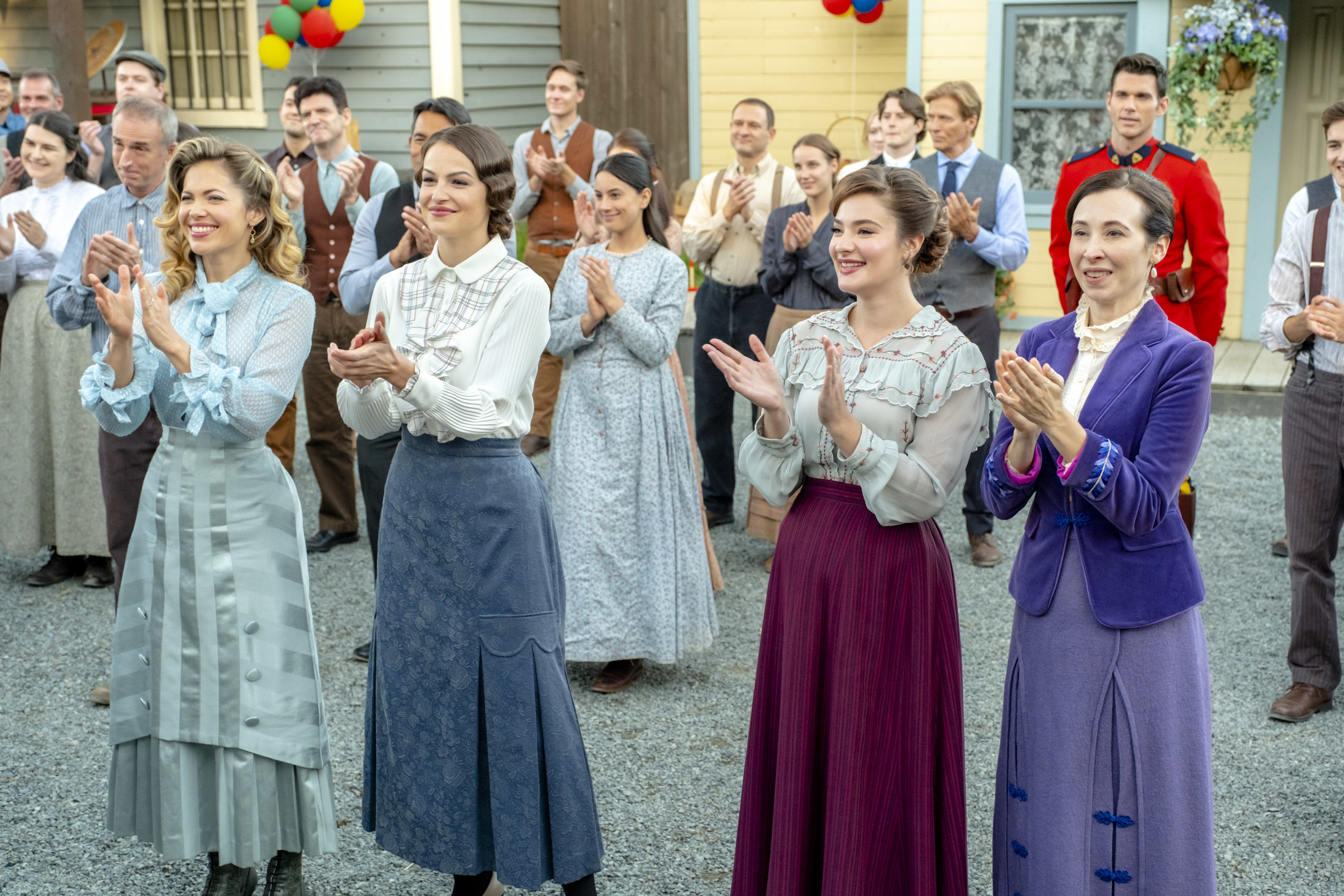 "The ""Hearties Family Reunion"" is the Ultimate Getaway for <i>When Calls the Heart</i> Fans"