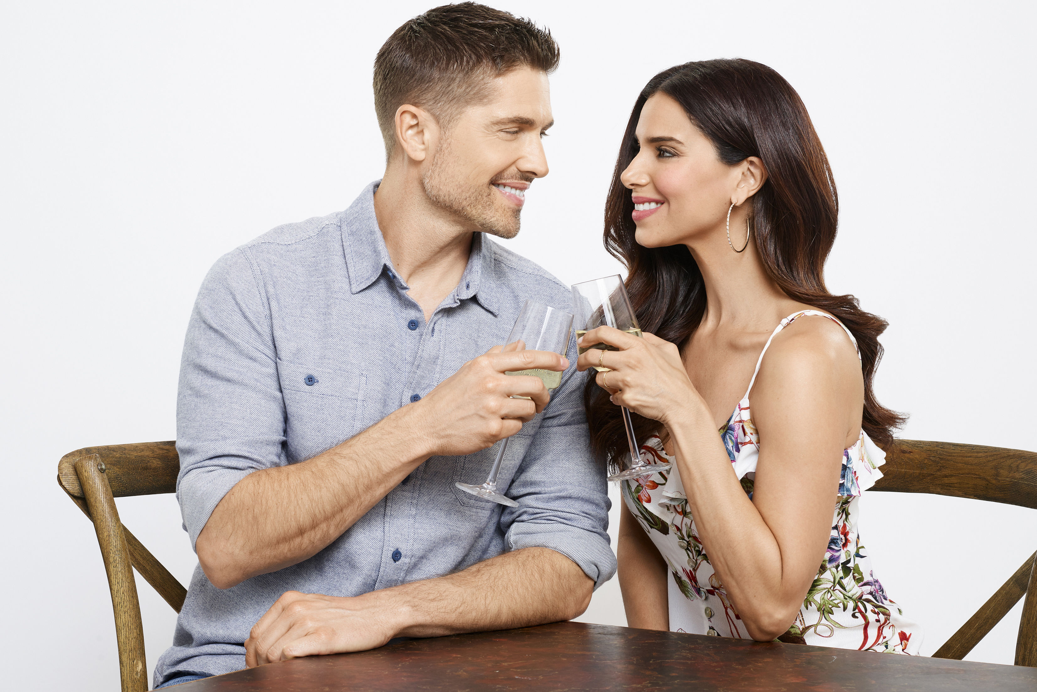 Real-Life Husband and Wife Team Up in New Hallmark Movie