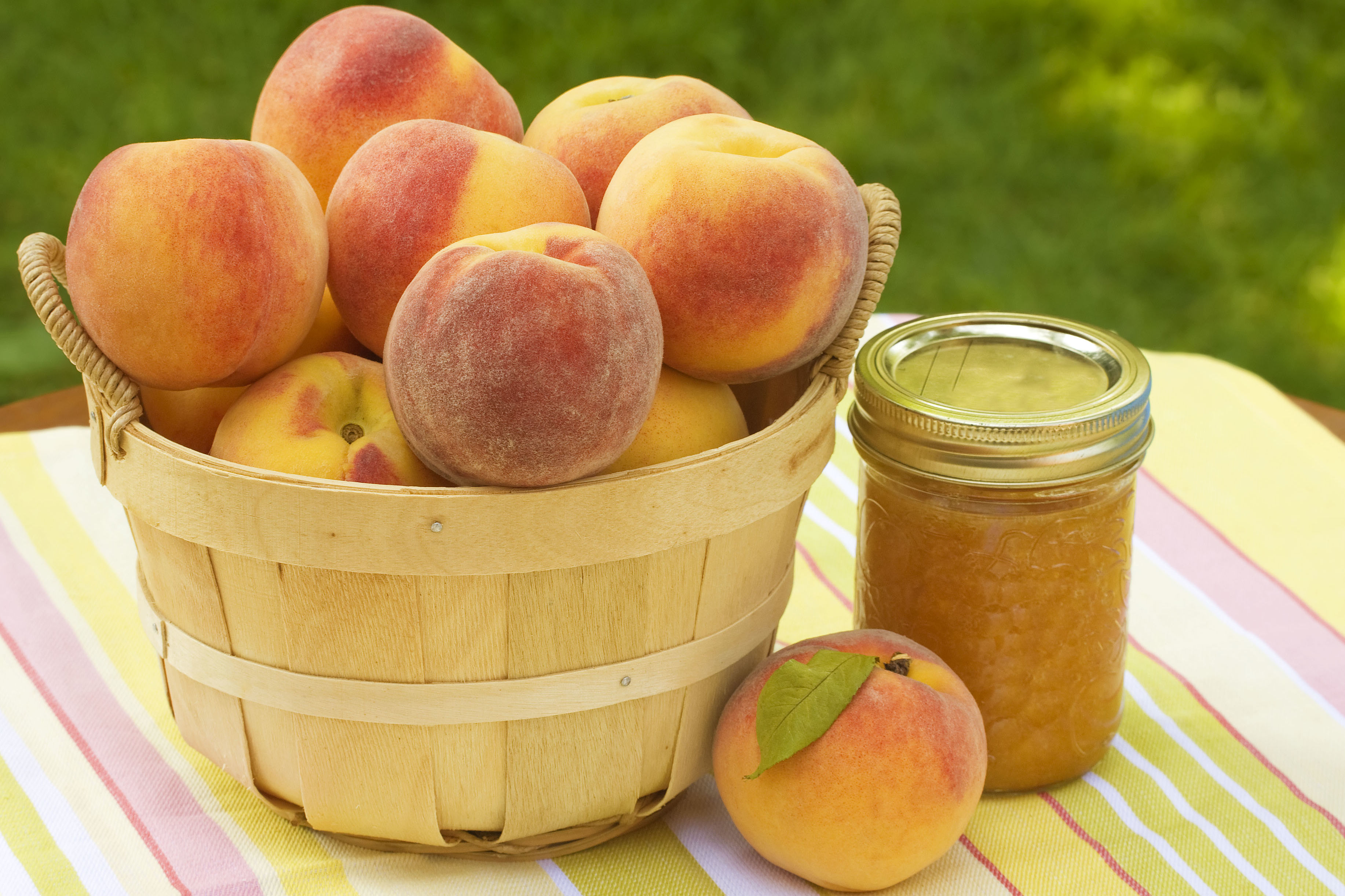 These Sun-Cooked Peach Preserves are a Nashville Classic