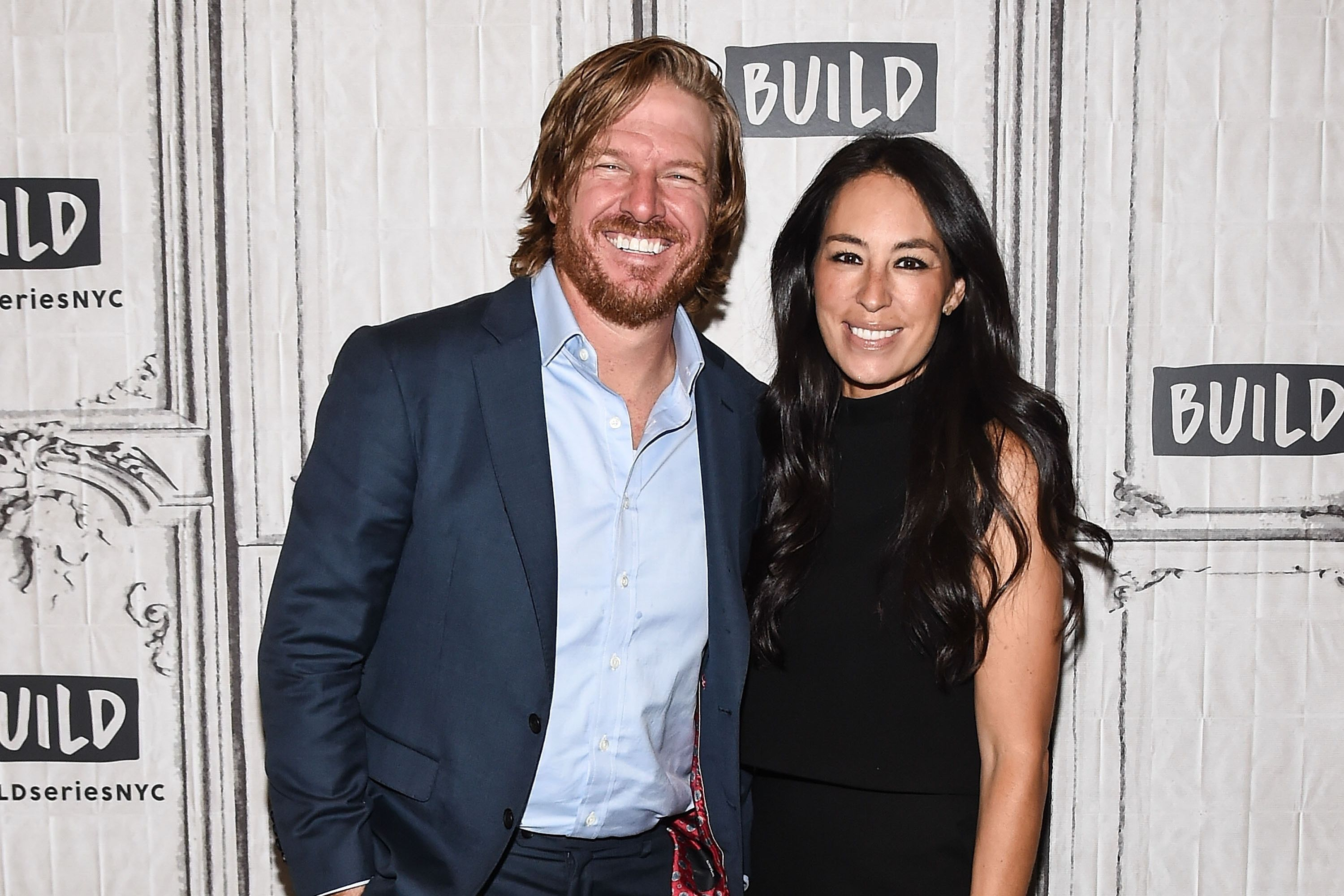 WATCH: These 3 <i>Fixer Upper</i> Houses Can't Seem to Sell