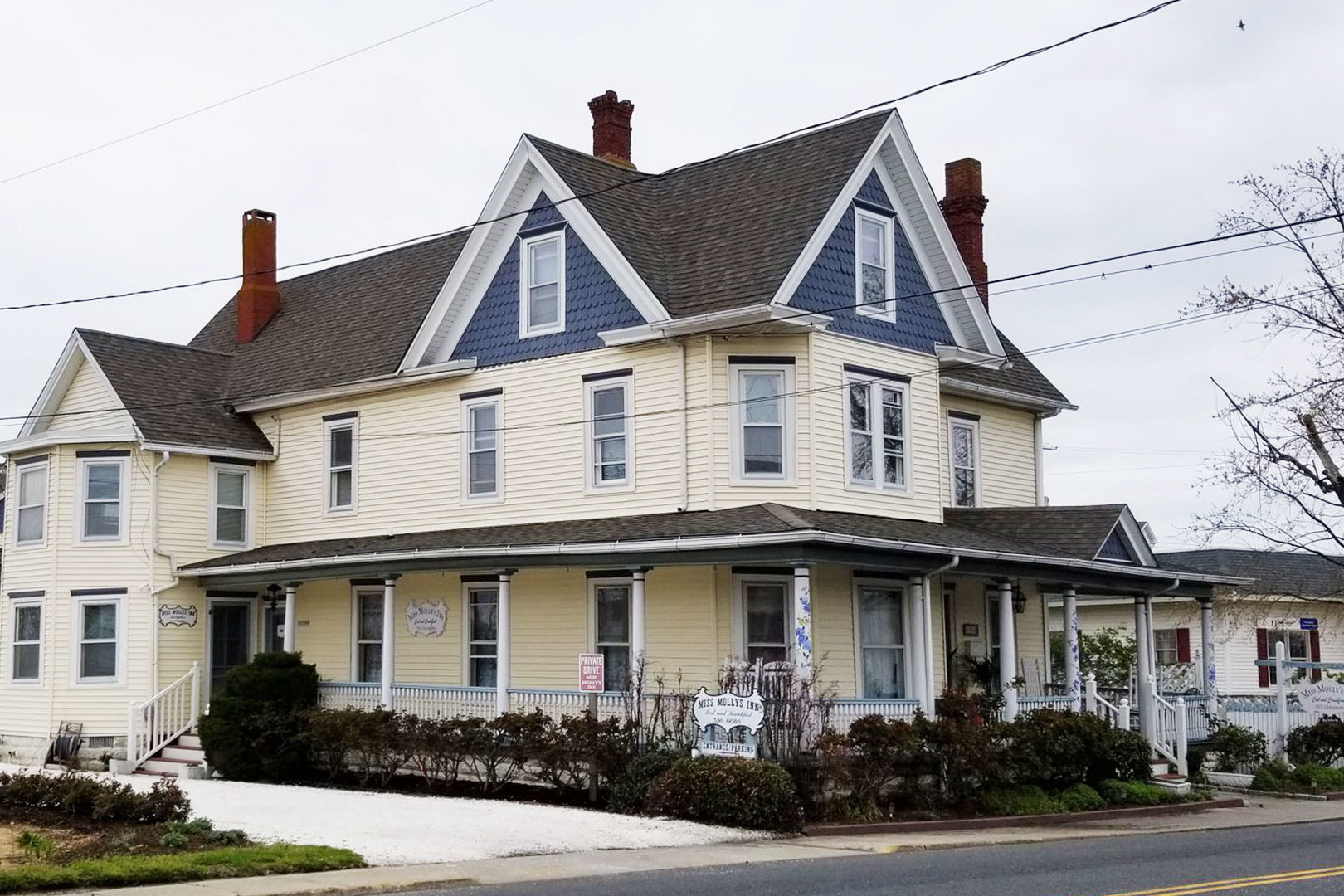 "WATCH: The Historic Victorian Inn Where Marguerite Henry Penned ""Misty of Chincoteague"" Is for Sale"
