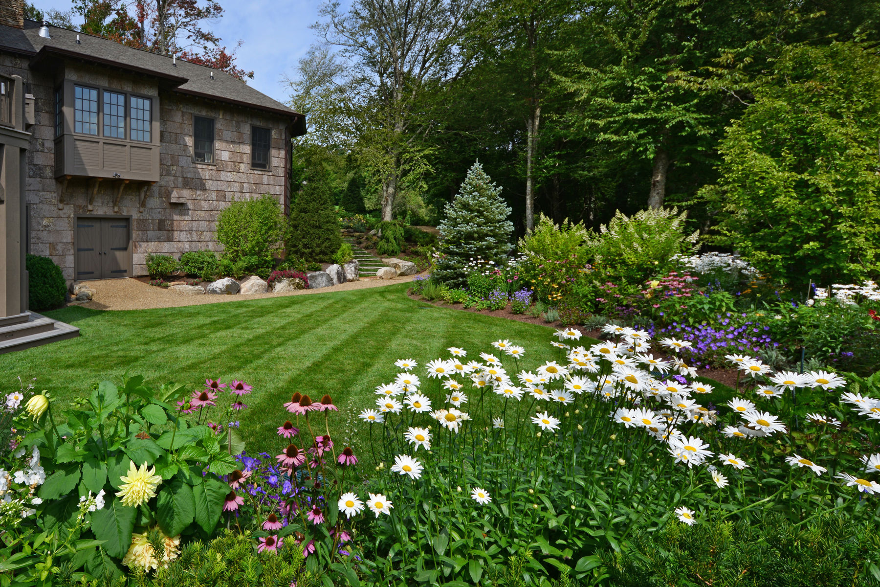 7 Secrets To A Healthy, Lush Lawn